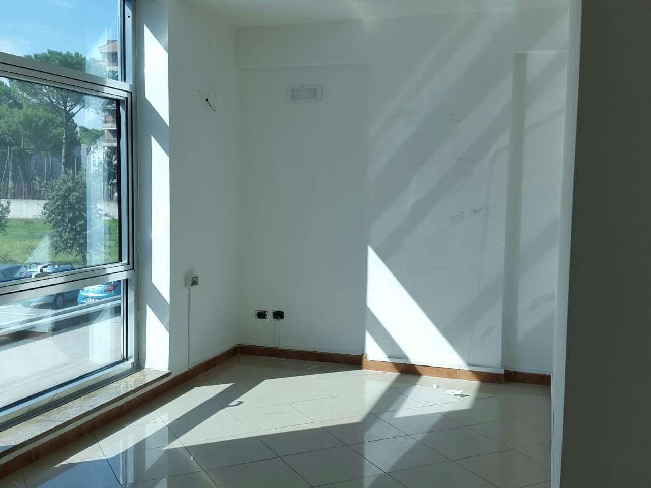 Ufficio Casalnuovo : Immobili commerciali in vendita a casalnuovo di napoli cambiocasa