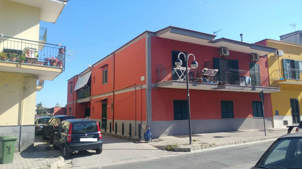 Appartamento in buone condizioni in affitto Rif. 7245121