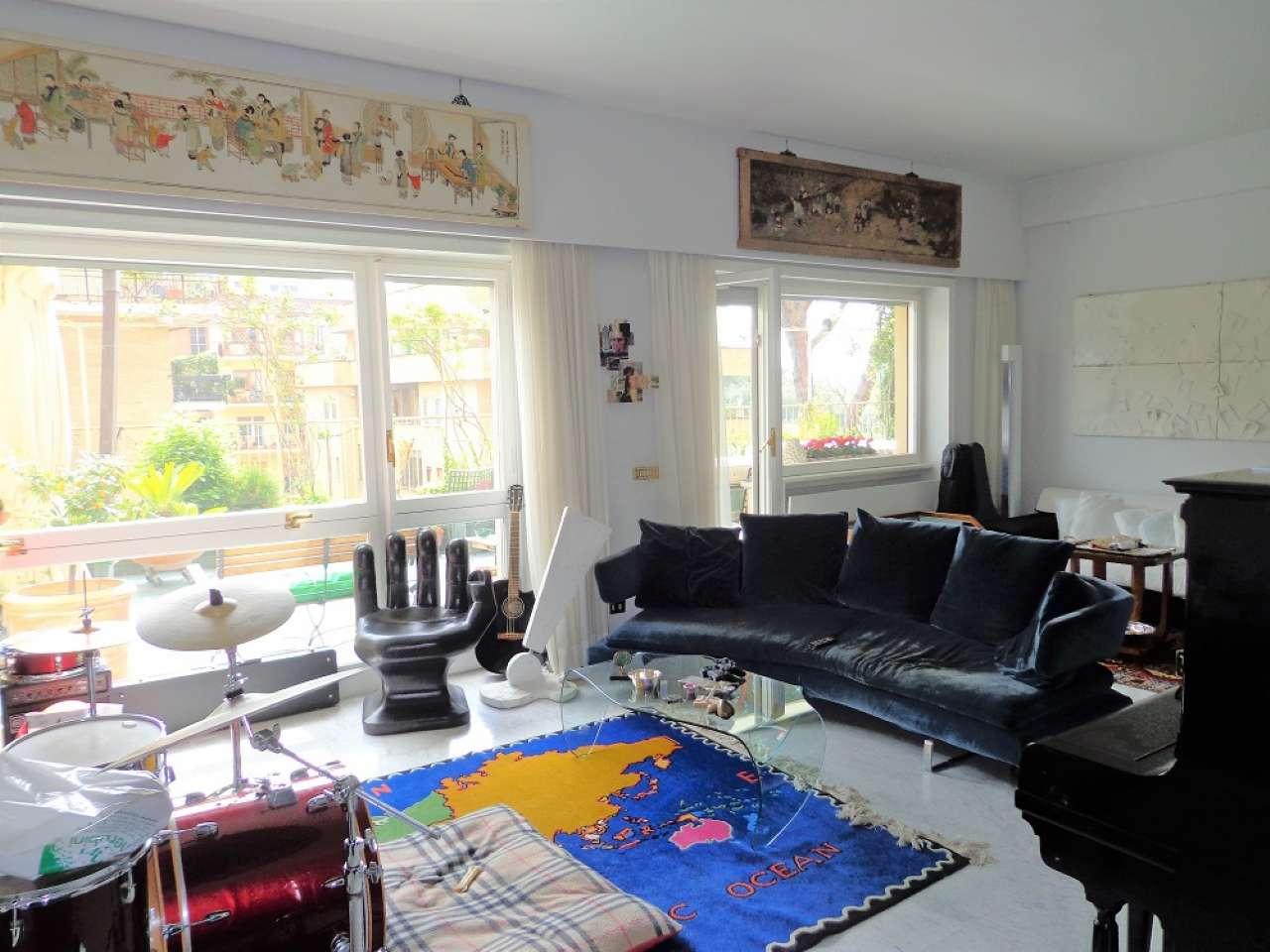 Appartamento in vendita a Roma, 7 locali, zona Zona: 31 . Giustiniana, Tomba di Nerone, Cassia, prezzo € 795.000 | CambioCasa.it