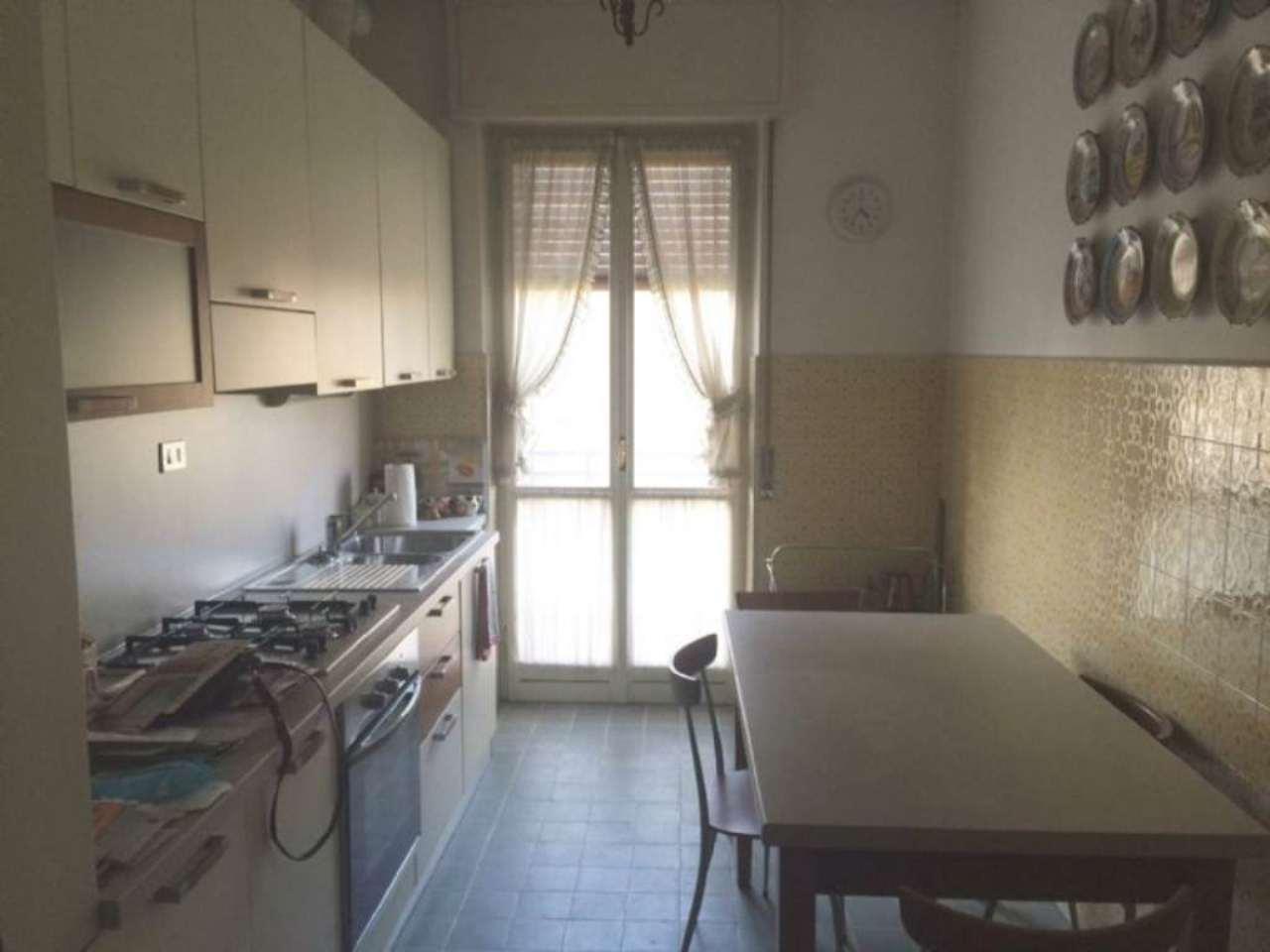 Appartamento in buone condizioni in affitto Rif. 4600166