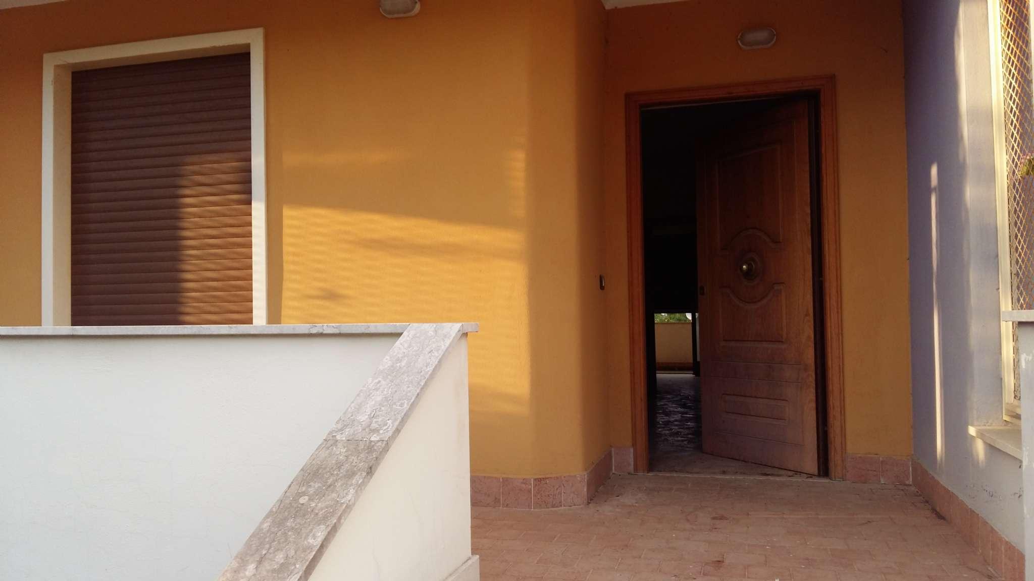 Villa a Schiera in vendita a Pietramelara, 6 locali, prezzo € 115.000 | CambioCasa.it