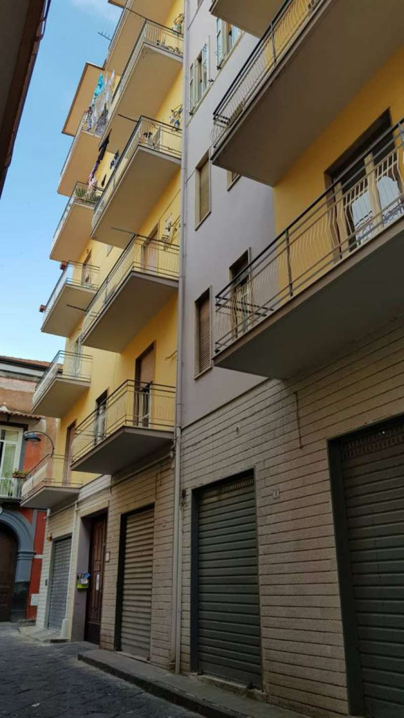 Appartamento da ristrutturare in vendita Rif. 6700866