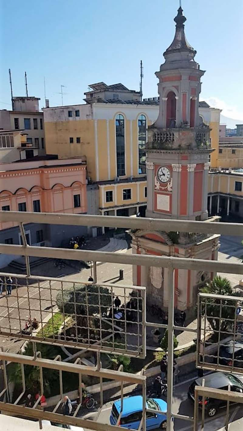 Ufficio / Studio in affitto a Frattamaggiore, 9999 locali, prezzo € 550 | PortaleAgenzieImmobiliari.it