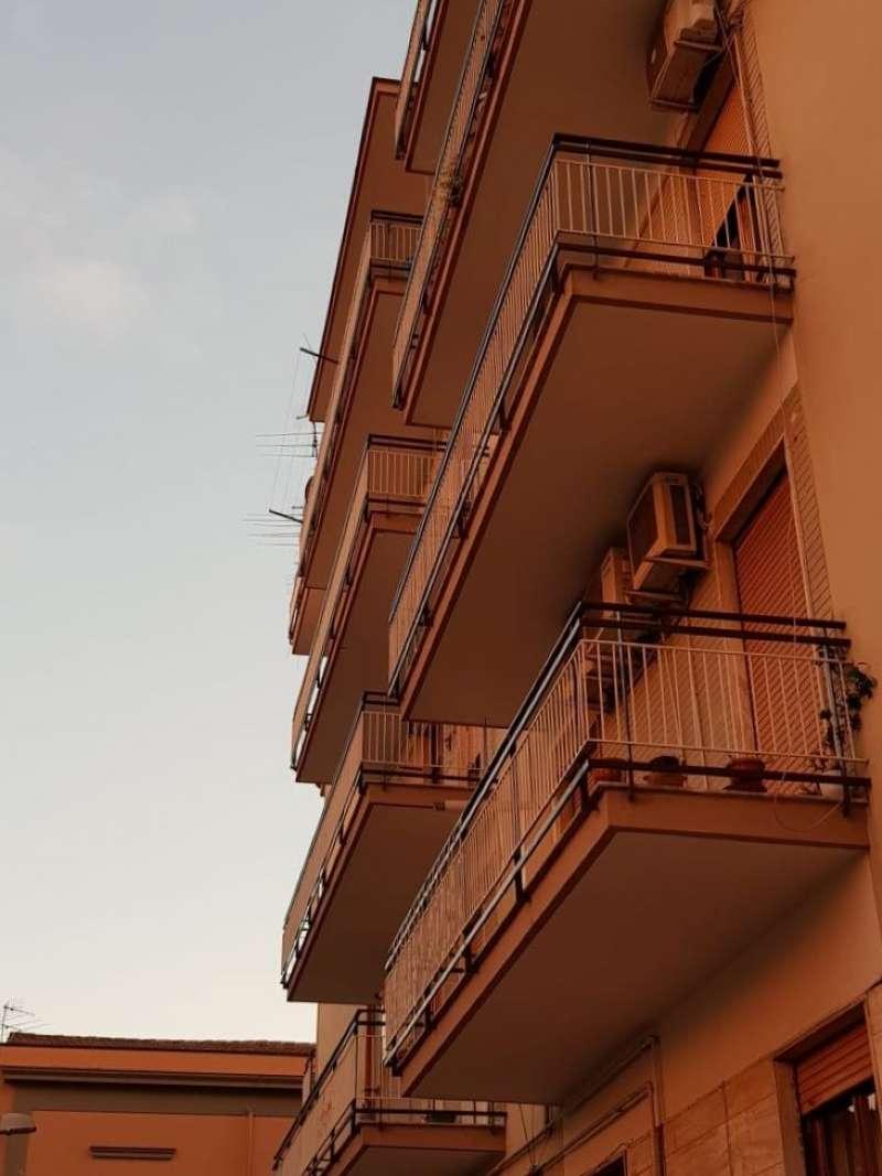 Appartamento da ristrutturare in vendita Rif. 8887996