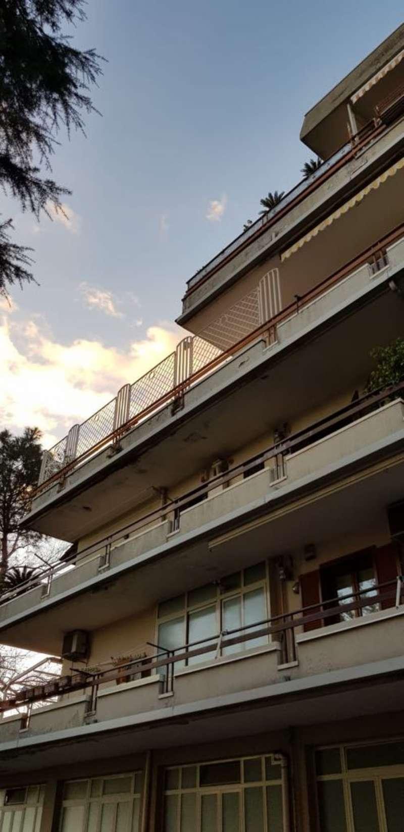 Appartamento da ristrutturare in vendita Rif. 9099272