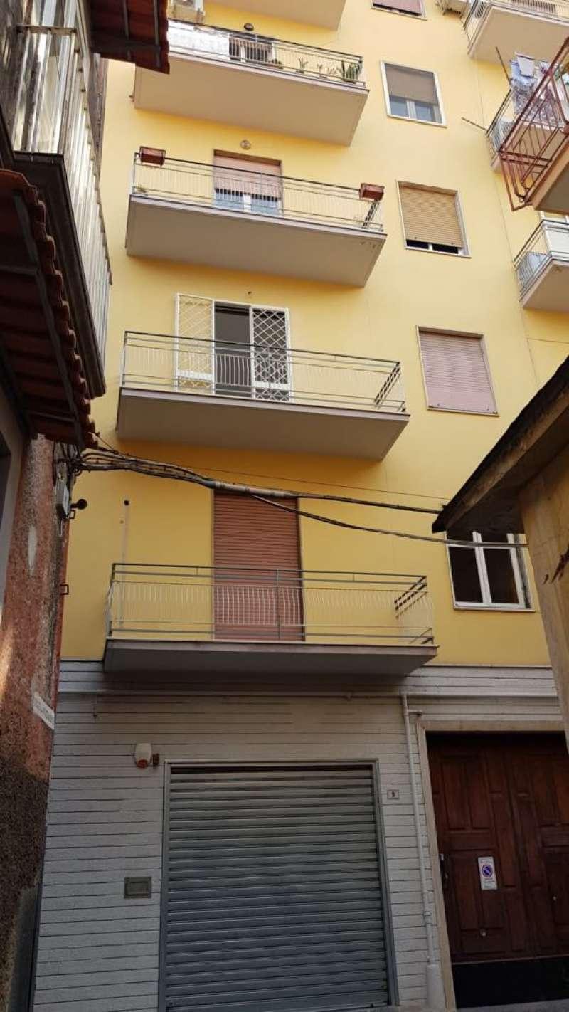 Appartamento in affitto a Frattamaggiore, 9999 locali, prezzo € 500 | CambioCasa.it