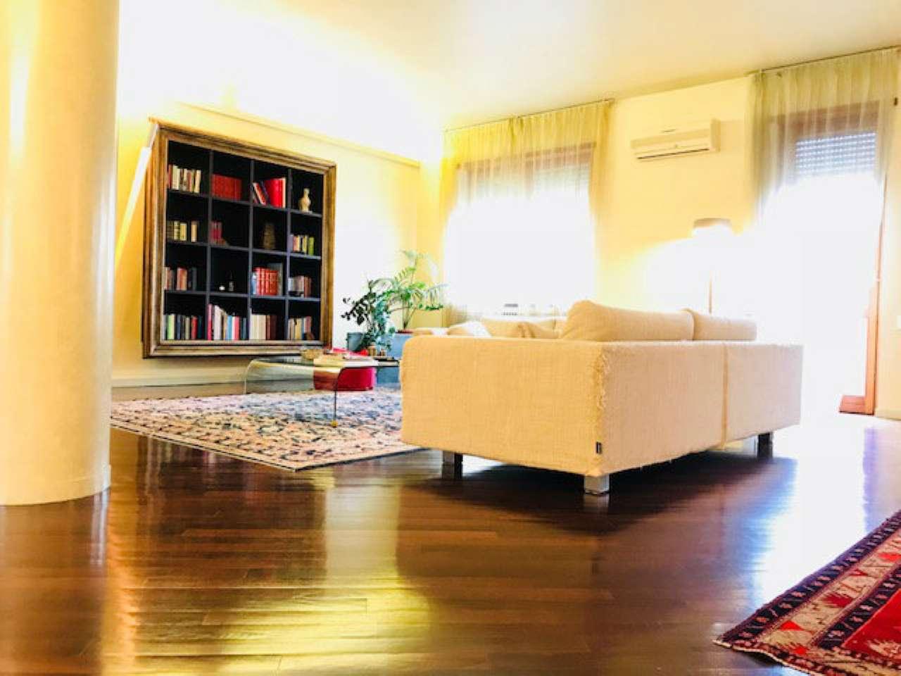 Attico / Mansarda in vendita a Piacenza, 6 locali, prezzo € 560.000 | PortaleAgenzieImmobiliari.it