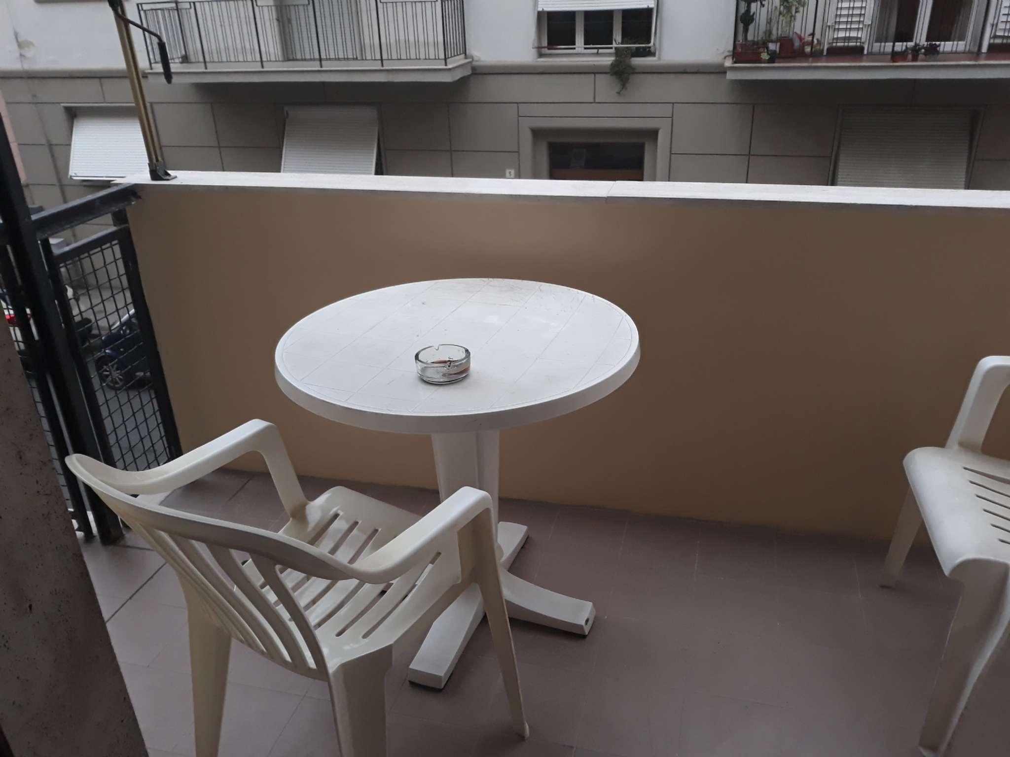 Appartamento in buone condizioni in vendita Rif. 9291672