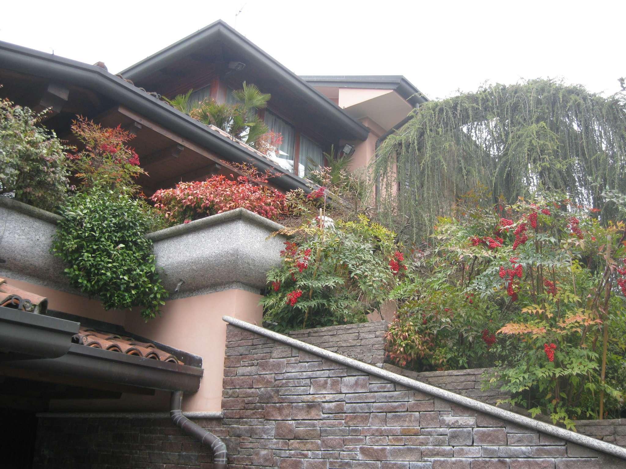 Villa Bifamiliare in vendita a Carimate, 6 locali, prezzo € 820.000 | CambioCasa.it