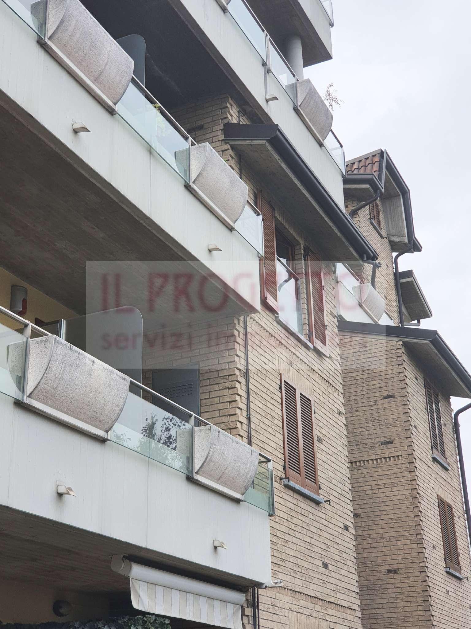 Appartamento in vendita a Seveso, 3 locali, prezzo € 179.000 | CambioCasa.it