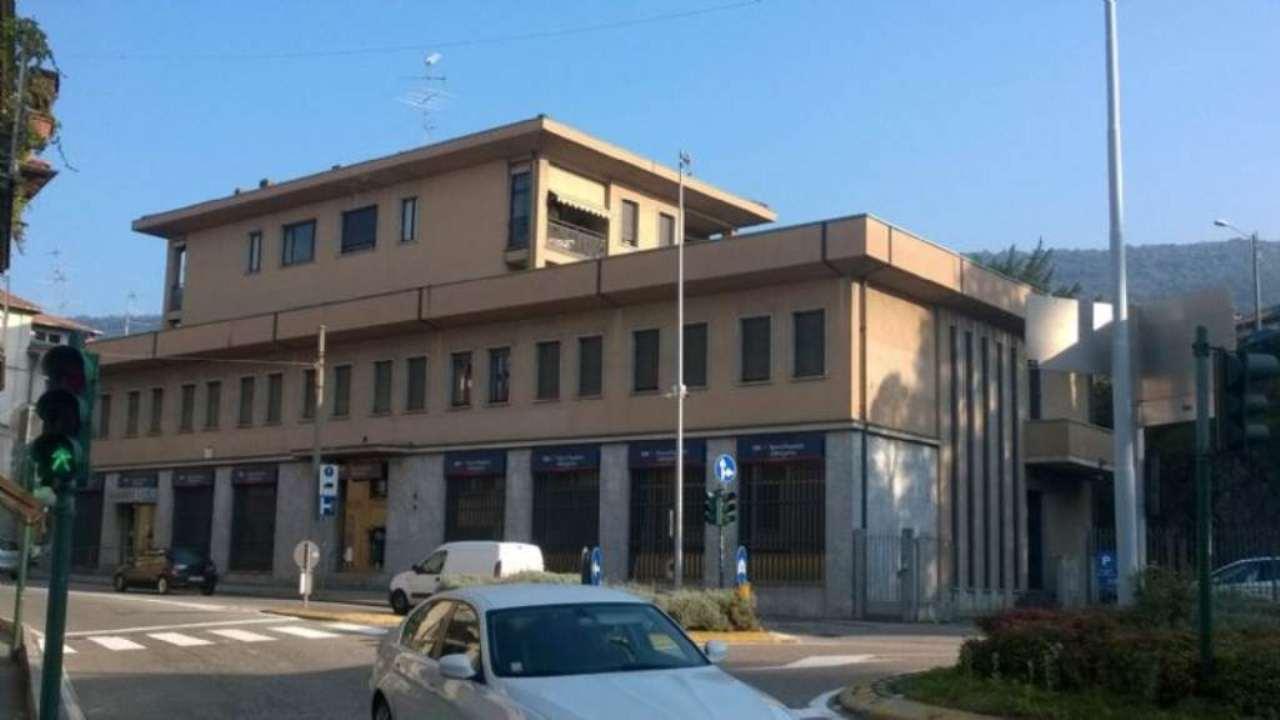 Appartamento in vendita a Gavirate, 4 locali, prezzo € 125.000 | PortaleAgenzieImmobiliari.it