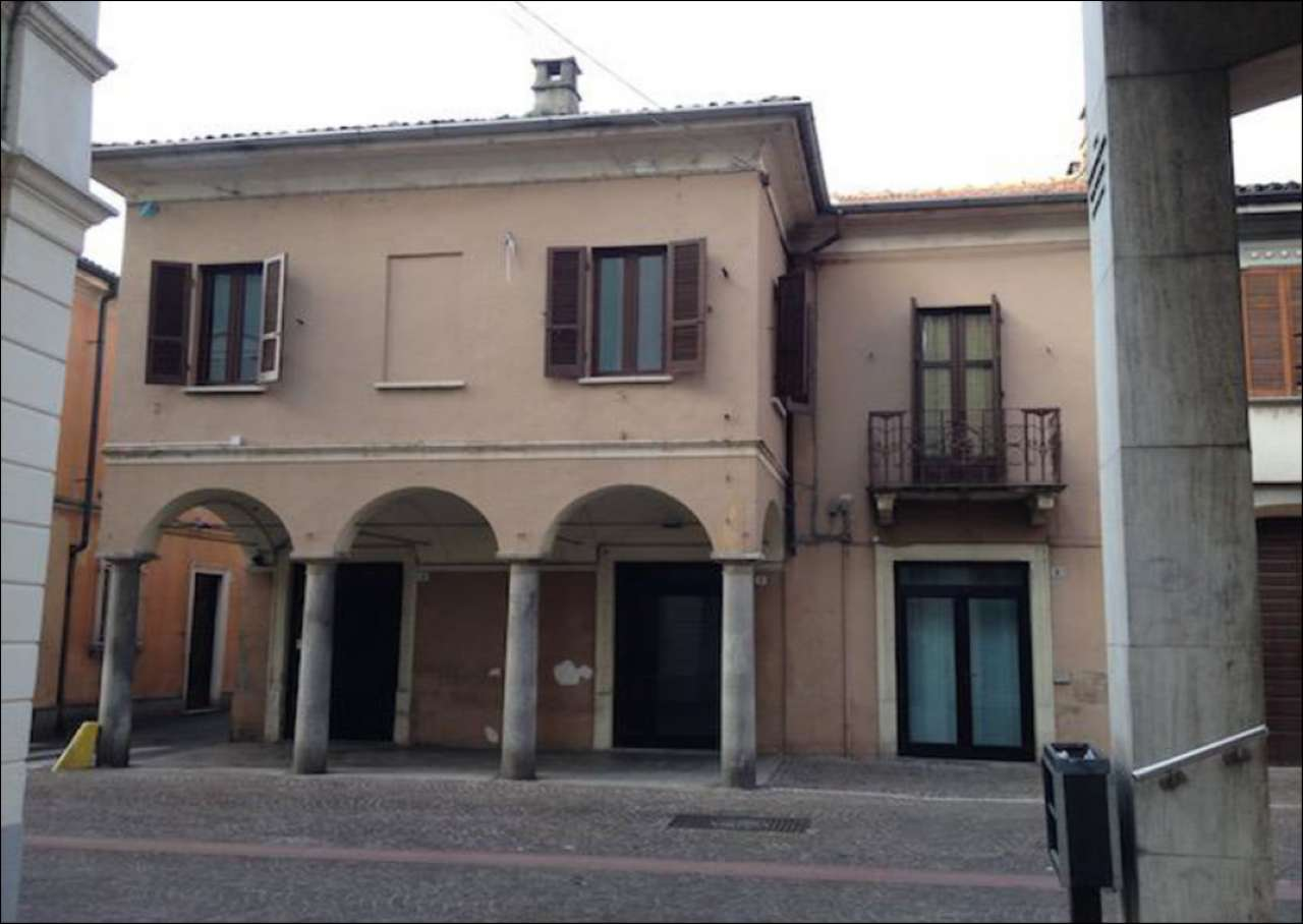 Negozio / Locale in affitto a Robbio, 1 locali, prezzo € 950 | PortaleAgenzieImmobiliari.it