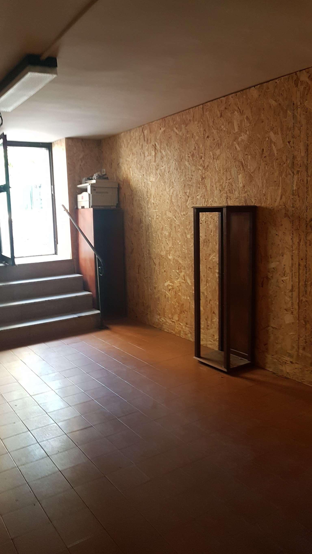 Negozio / Locale in affitto a Pozzuoli, 1 locali, prezzo € 300 | CambioCasa.it
