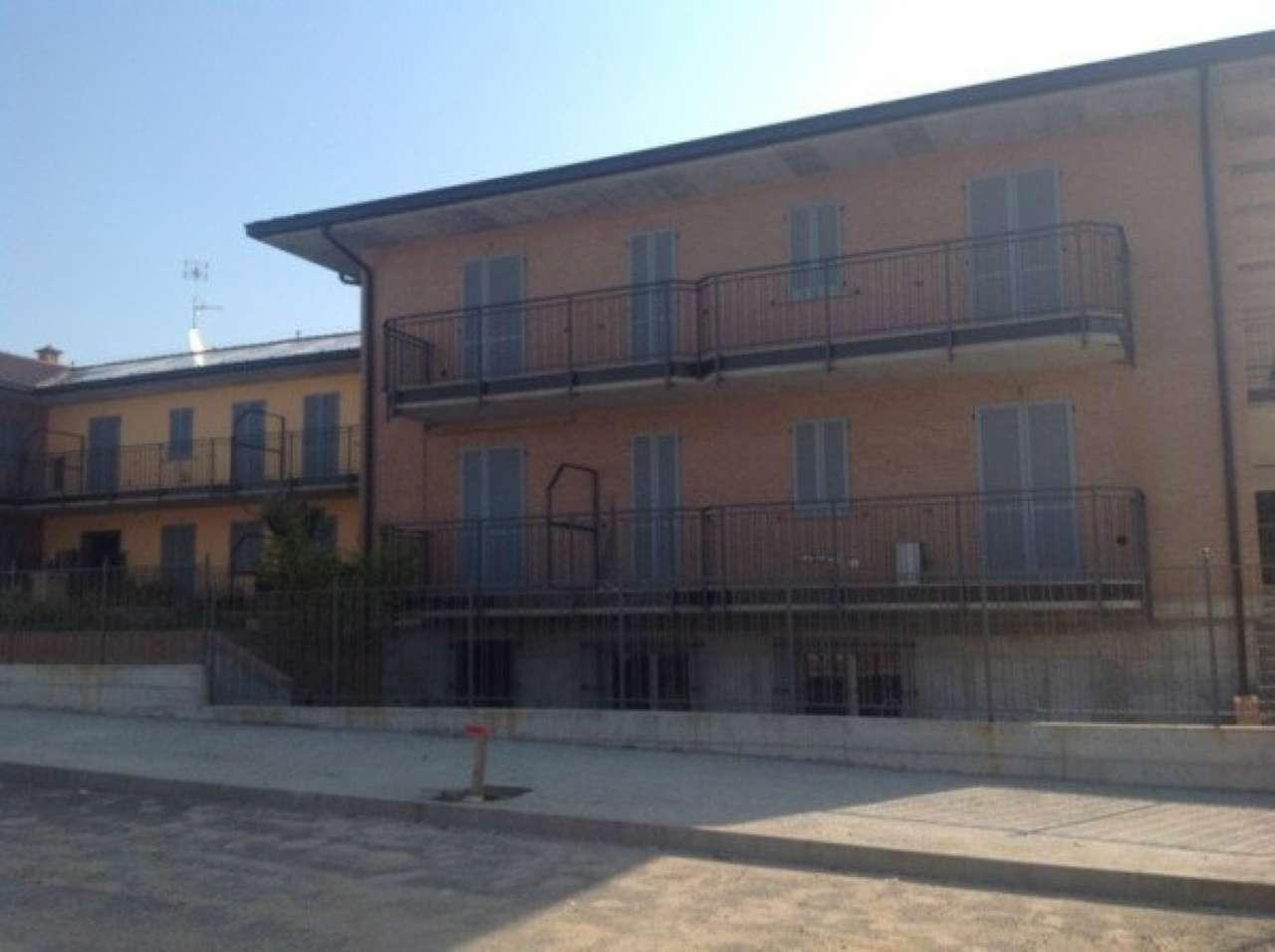 Ufficio / Studio in affitto a Pavia, 3 locali, prezzo € 800   CambioCasa.it
