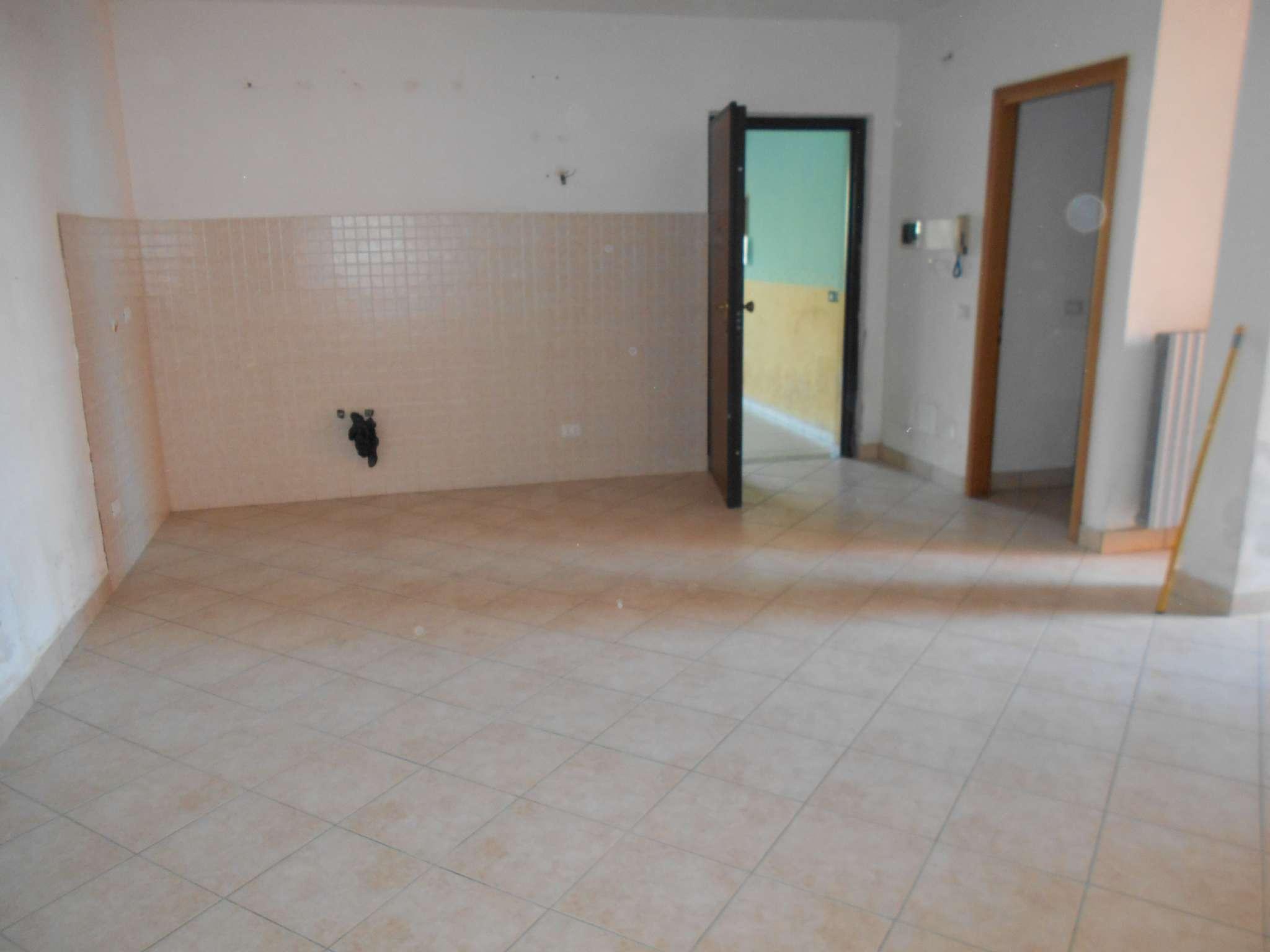 Appartamento in vendita a Villanterio, 3 locali, prezzo € 68.000 | CambioCasa.it