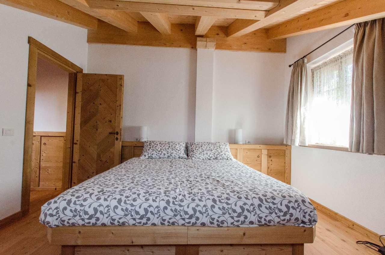 Appartamento in affitto a Cortina d'Ampezzo, 8 locali, Trattative riservate | CambioCasa.it