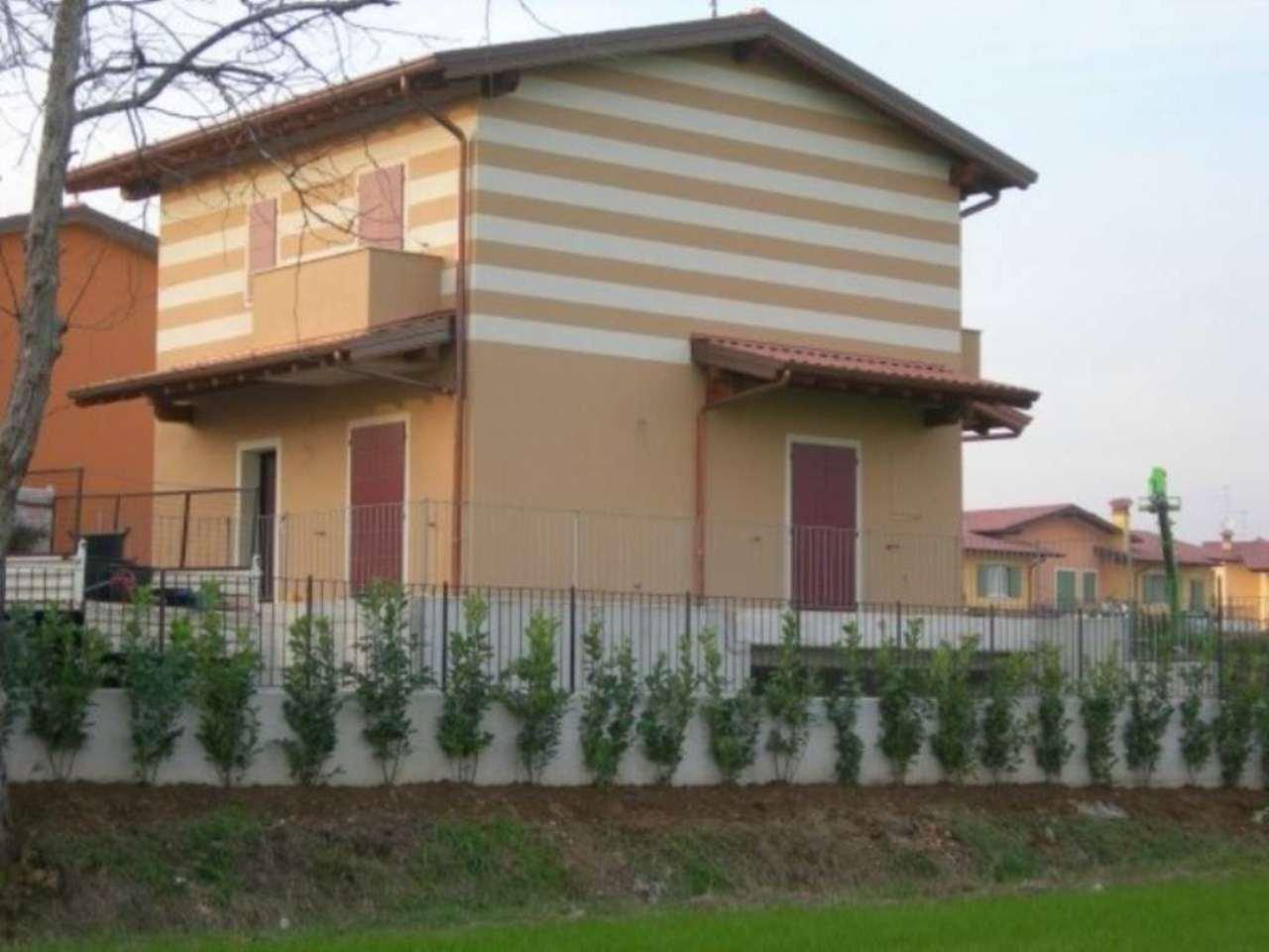 Villa in vendita a Torbole Casaglia, 4 locali, prezzo € 410.000 | PortaleAgenzieImmobiliari.it