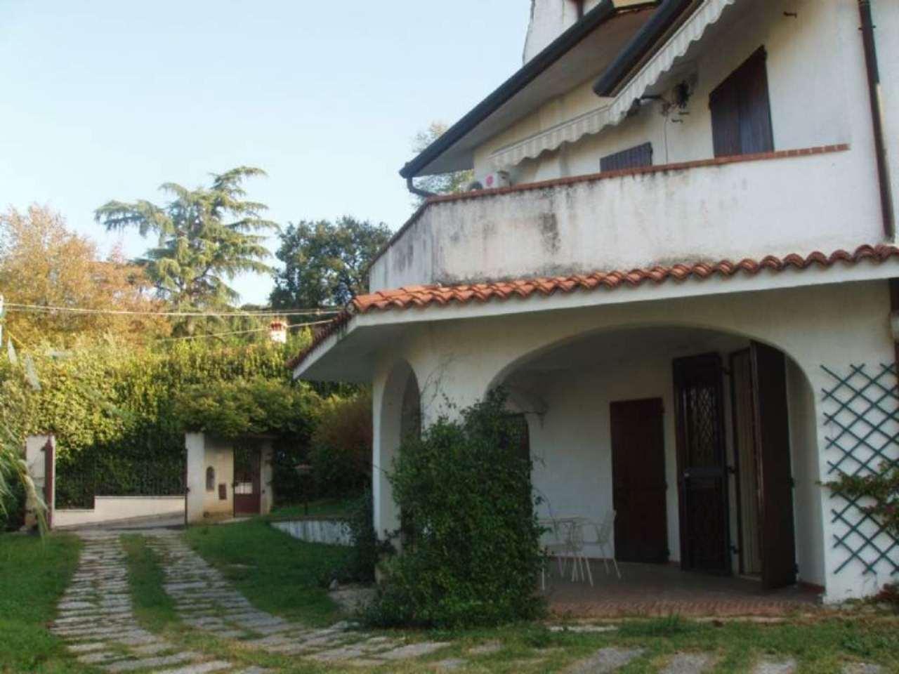 Villa in vendita a Cellatica, 7 locali, prezzo € 590.000 | PortaleAgenzieImmobiliari.it