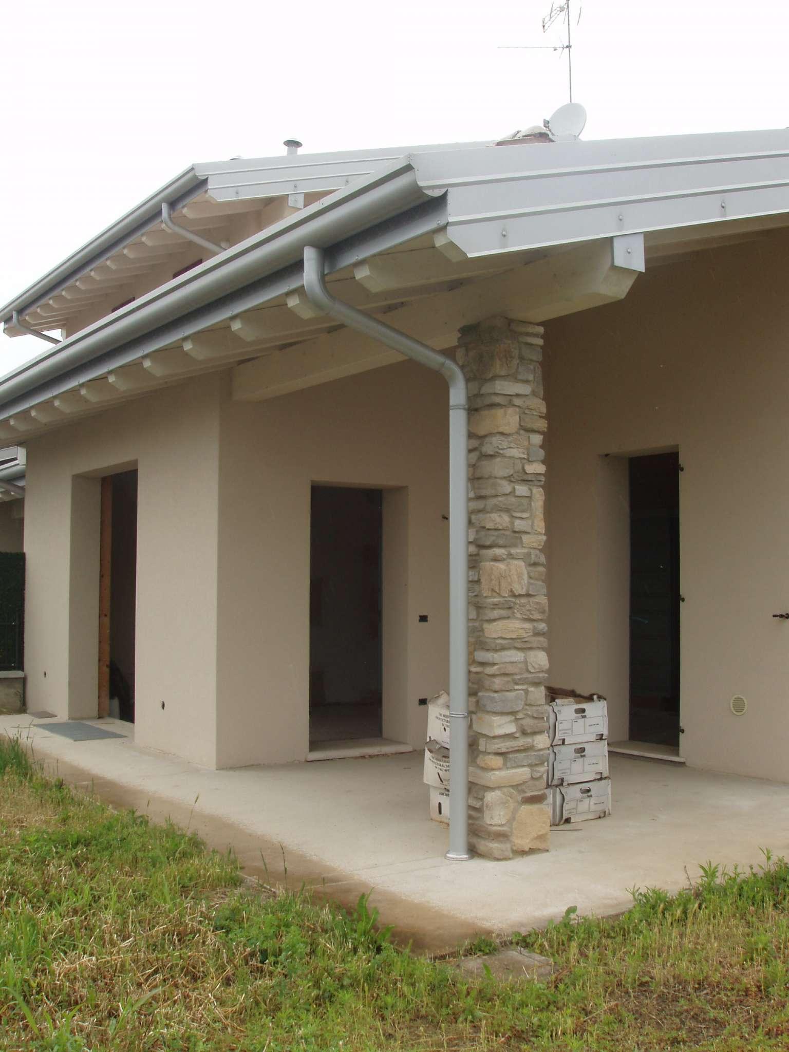 Villa Tri-Quadrifamiliare in vendita a Poncarale, 4 locali, prezzo € 360.000 | PortaleAgenzieImmobiliari.it