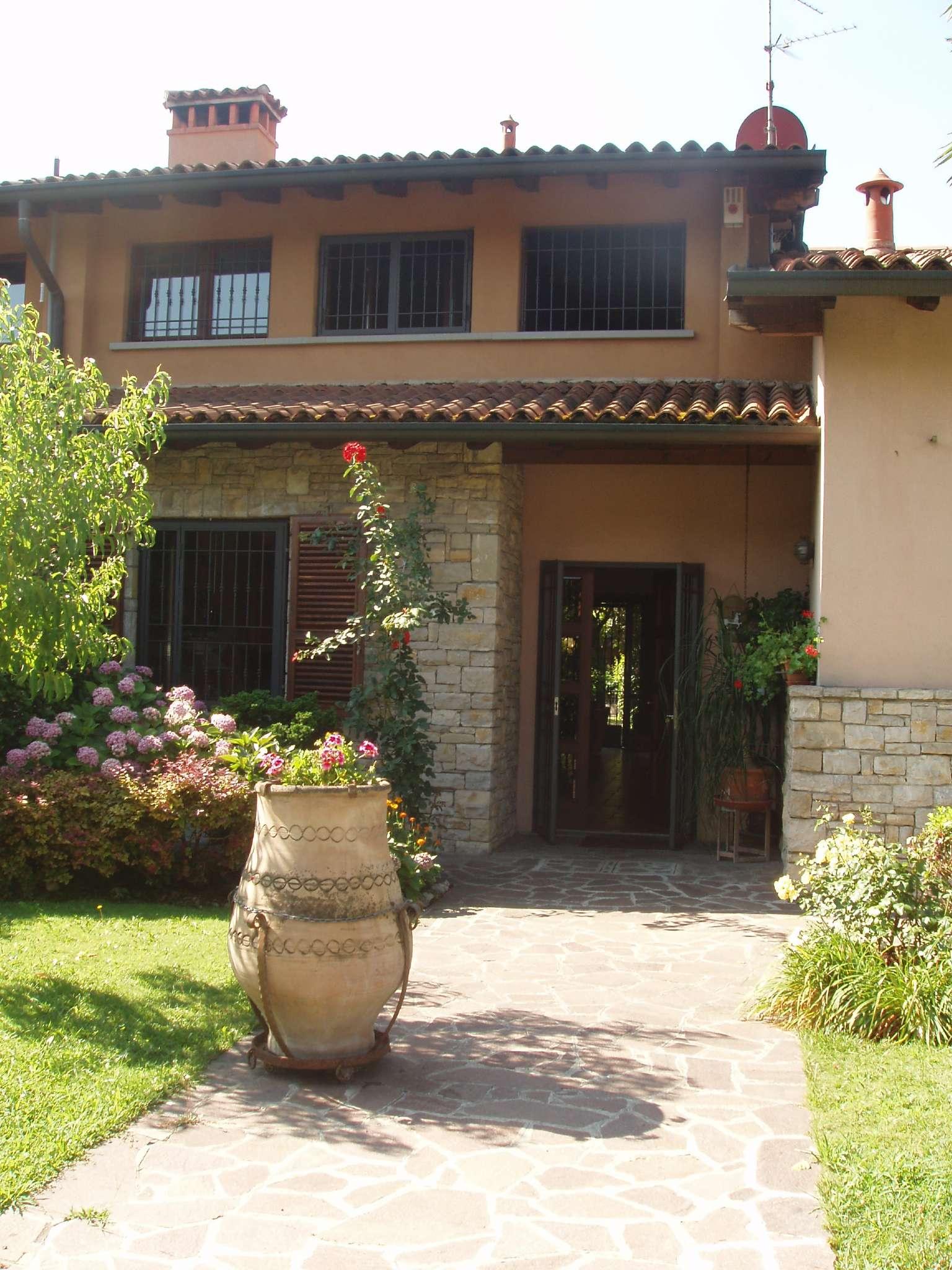 Villa a Schiera in vendita a Cellatica, 6 locali, prezzo € 520.000 | PortaleAgenzieImmobiliari.it