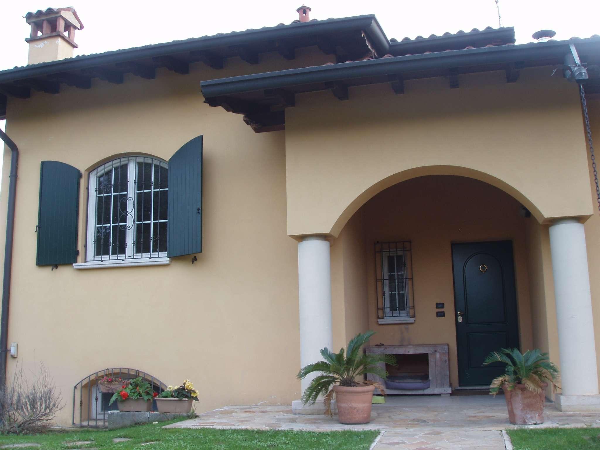 Villa in vendita a San Zeno Naviglio, 4 locali, prezzo € 420.000 | PortaleAgenzieImmobiliari.it