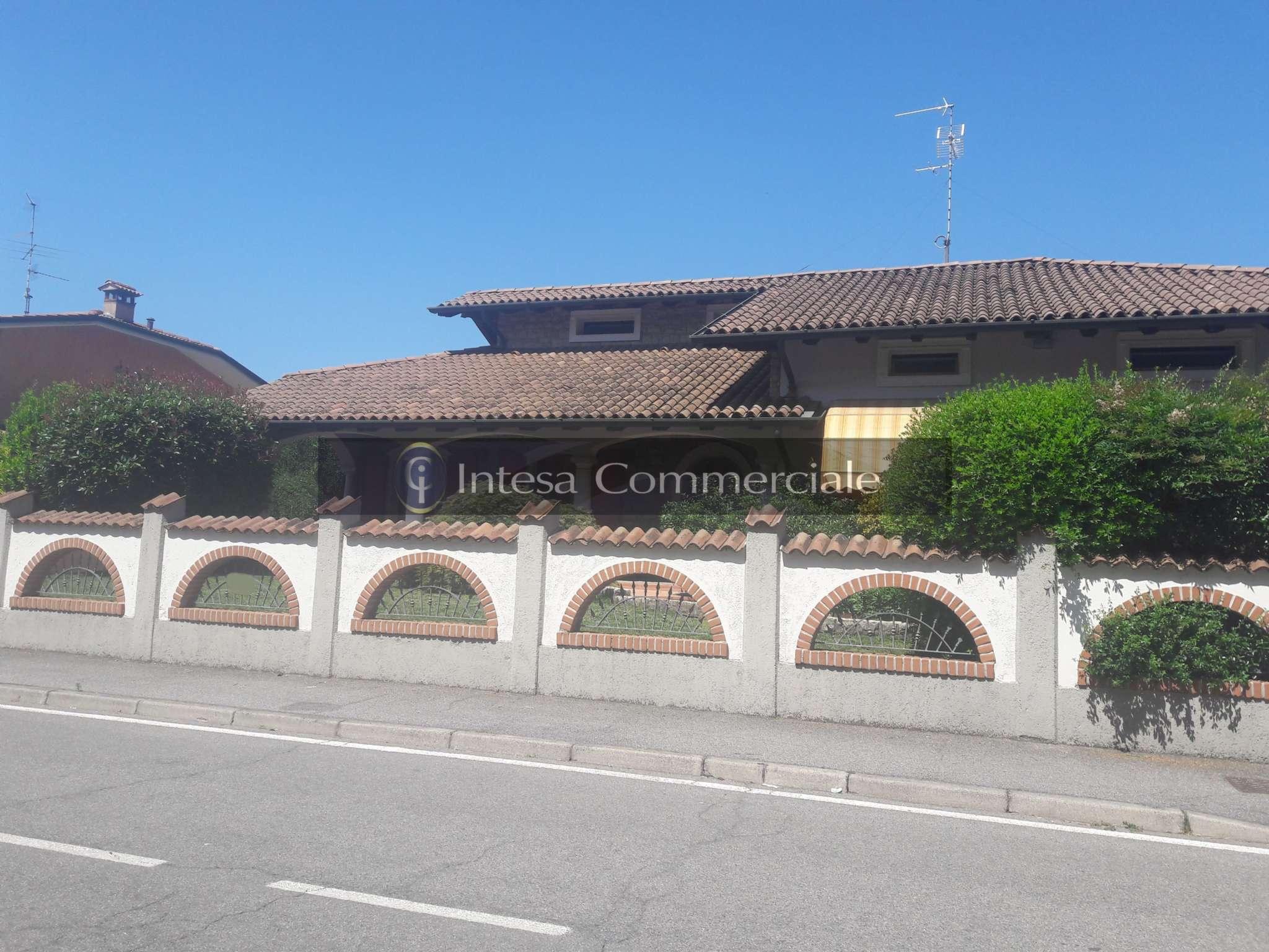 Villa in vendita a Torbole Casaglia, 12 locali, prezzo € 480.000   PortaleAgenzieImmobiliari.it