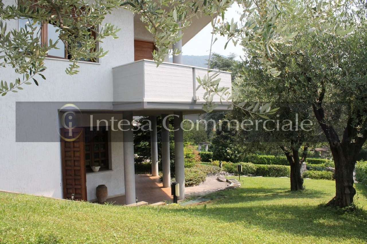 Villa in vendita a Nave, 7 locali, prezzo € 490.000 | PortaleAgenzieImmobiliari.it