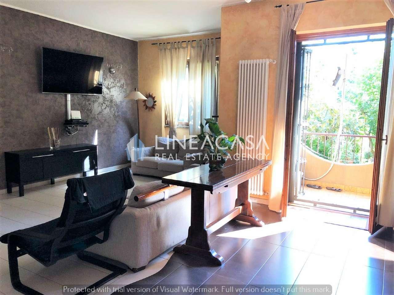 Appartamento in ottime condizioni in vendita Rif. 7413881