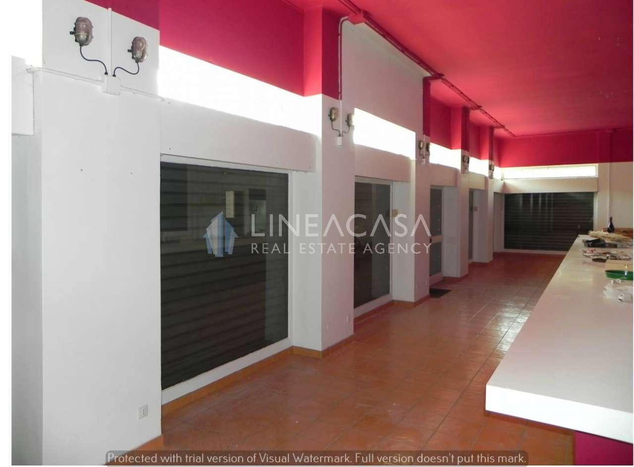 Negozio / Locale in affitto a Corsico, 2 locali, prezzo € 1.300   PortaleAgenzieImmobiliari.it