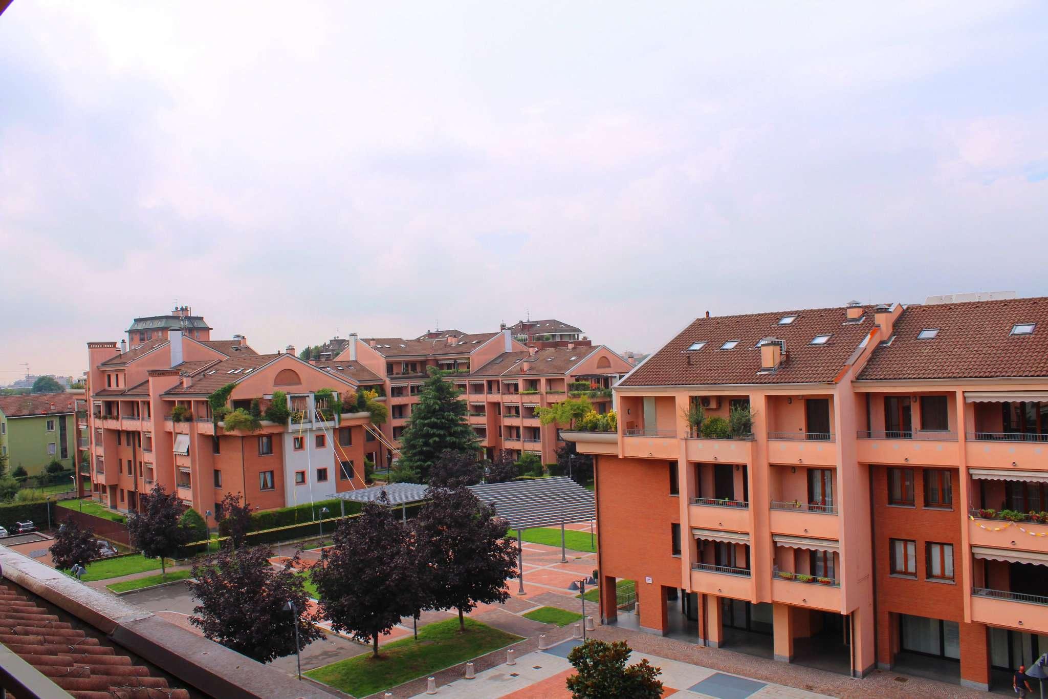 Appartamento in ottime condizioni parzialmente arredato in vendita Rif. 7849734