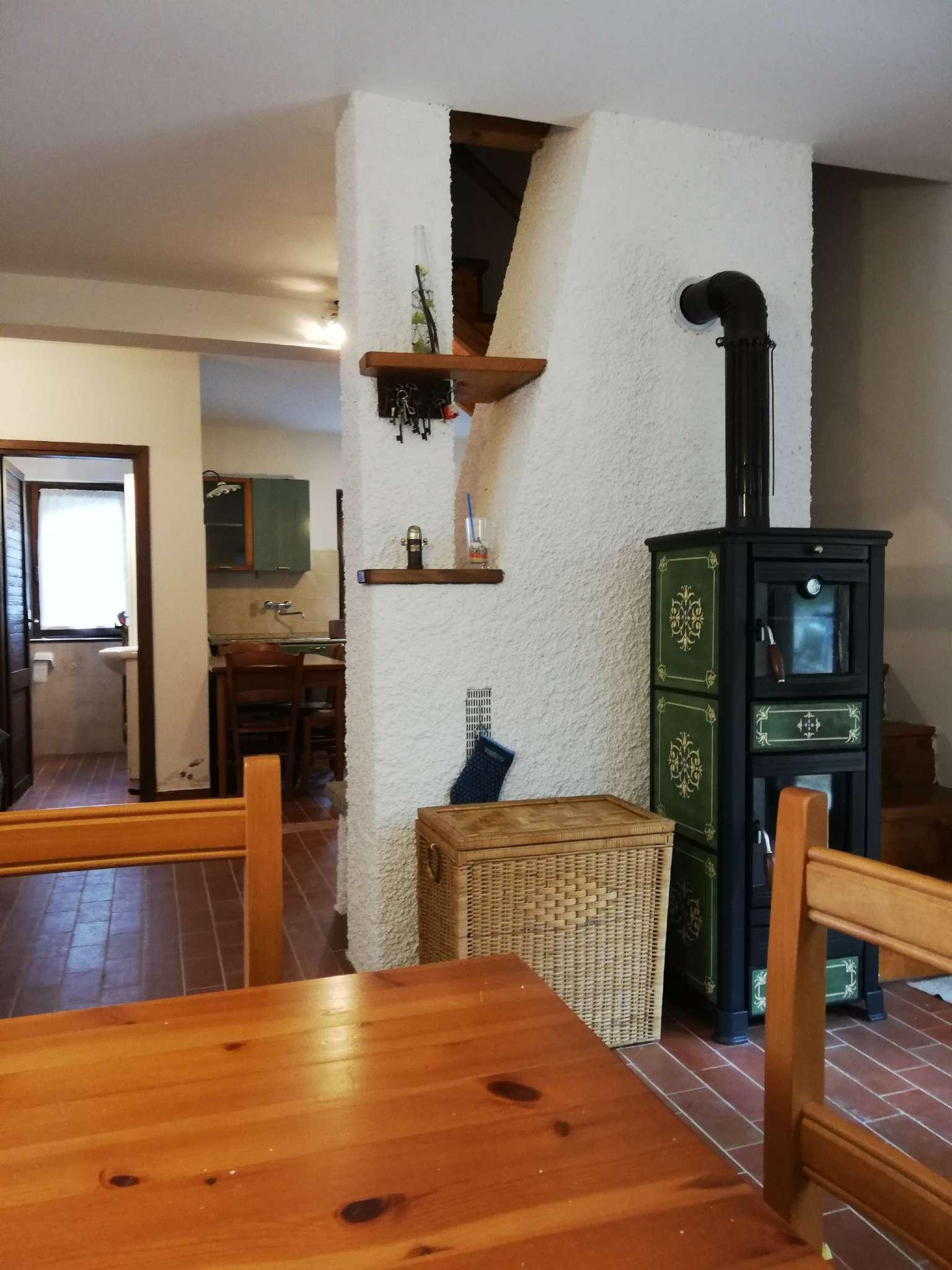 Villa in vendita a Bellagio, 3 locali, prezzo € 189.000 | PortaleAgenzieImmobiliari.it