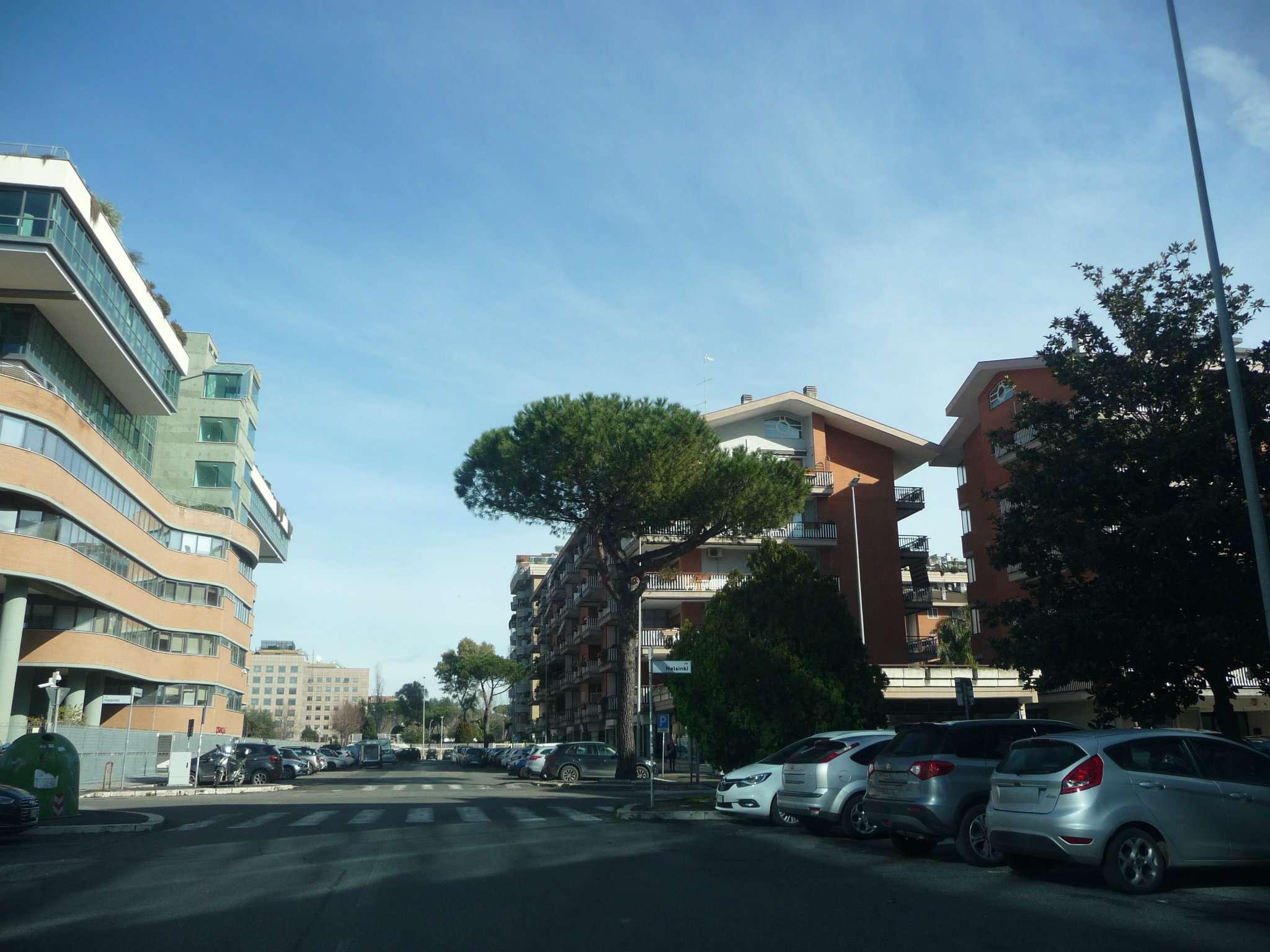 Affitto negozi e locali a roma for Affitto uffici zona eur