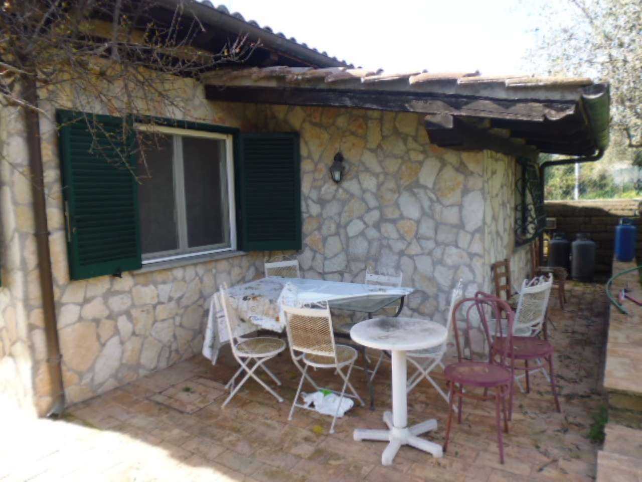 Appartamento in buone condizioni parzialmente arredato in affitto Rif. 6181865
