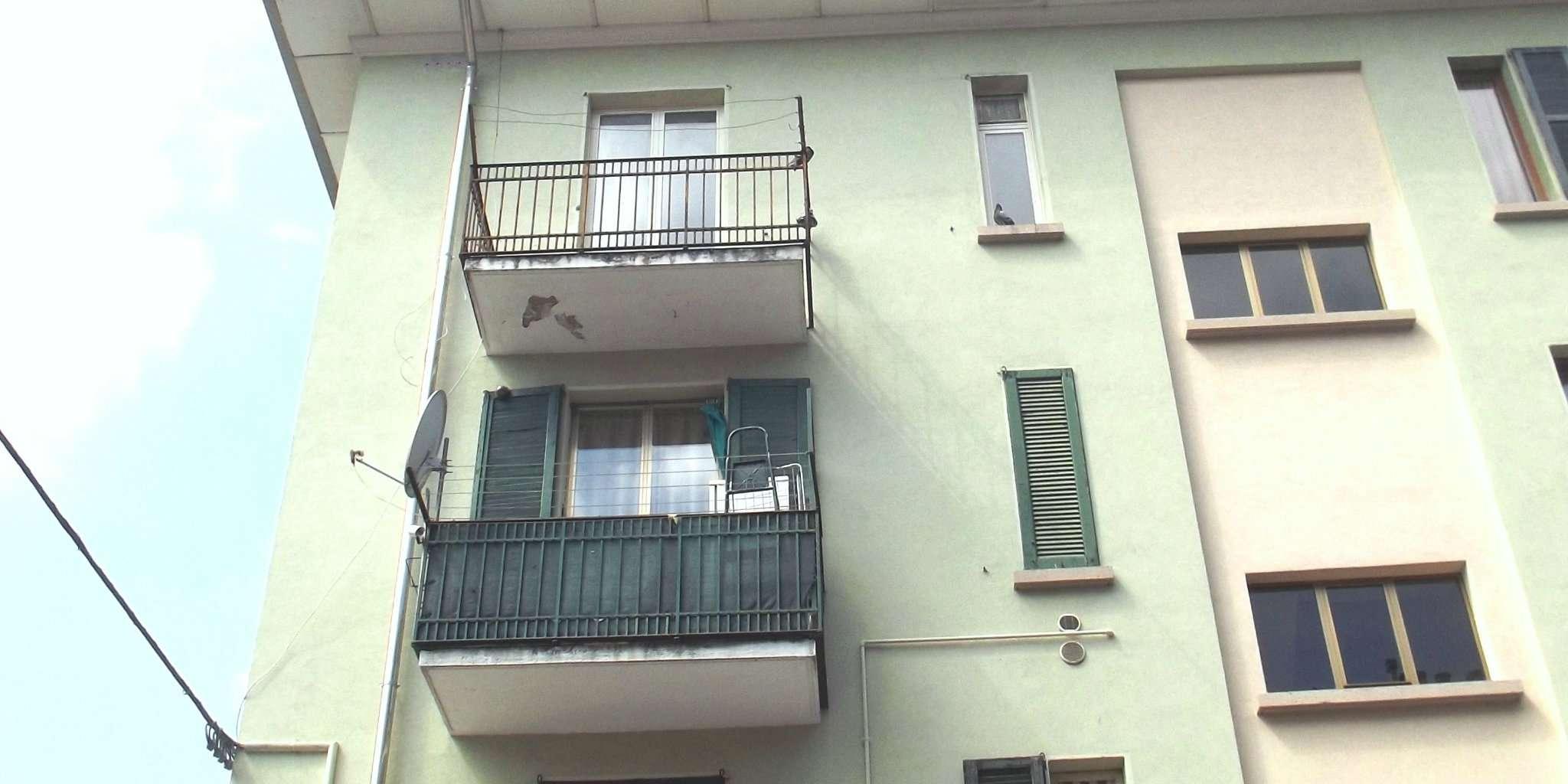 Appartamento in vendita a Varese, 4 locali, prezzo € 95.000 | CambioCasa.it
