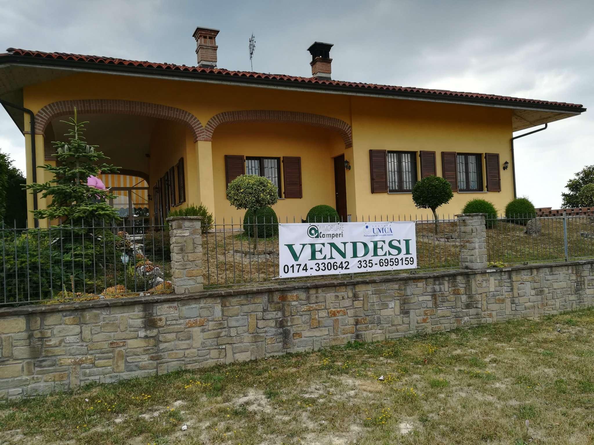 Soluzione Indipendente in vendita a Belvedere Langhe, 11 locali, prezzo € 445.000 | CambioCasa.it
