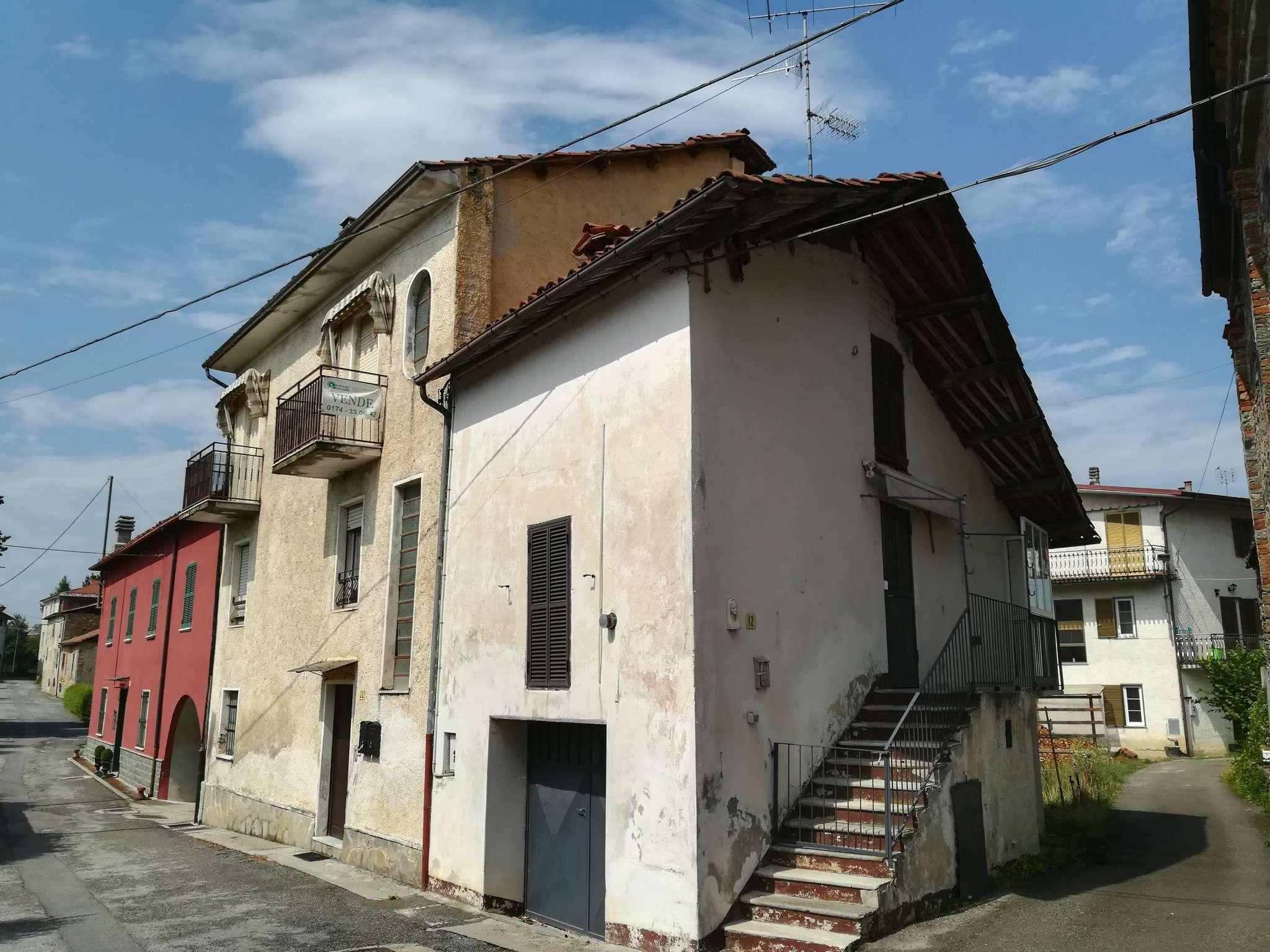 Appartamento in vendita a Niella Tanaro, 8 locali, prezzo € 48.000 | CambioCasa.it