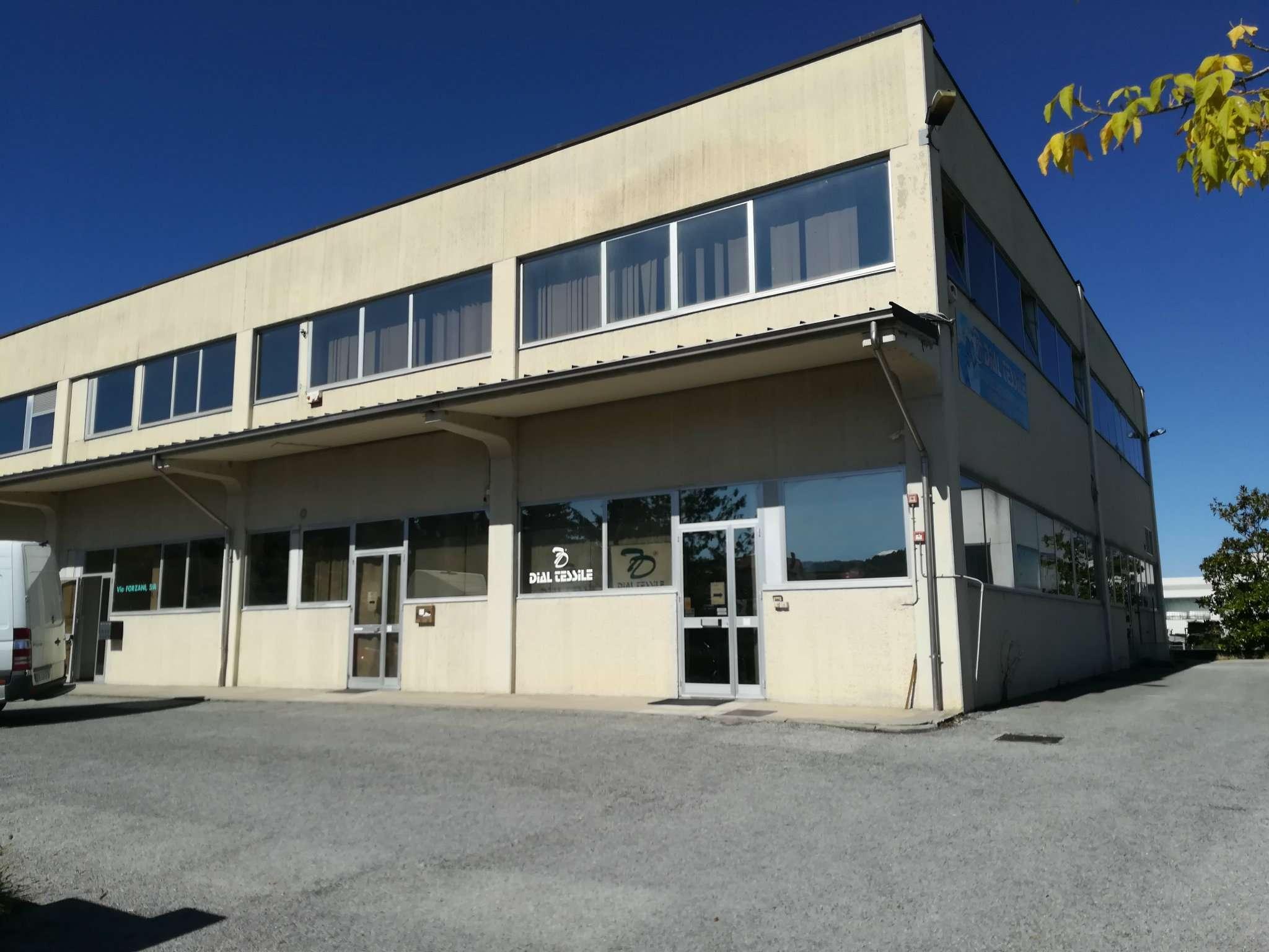 Capannone in affitto a Villanova Mondovì, 3 locali, prezzo € 1.000 | CambioCasa.it