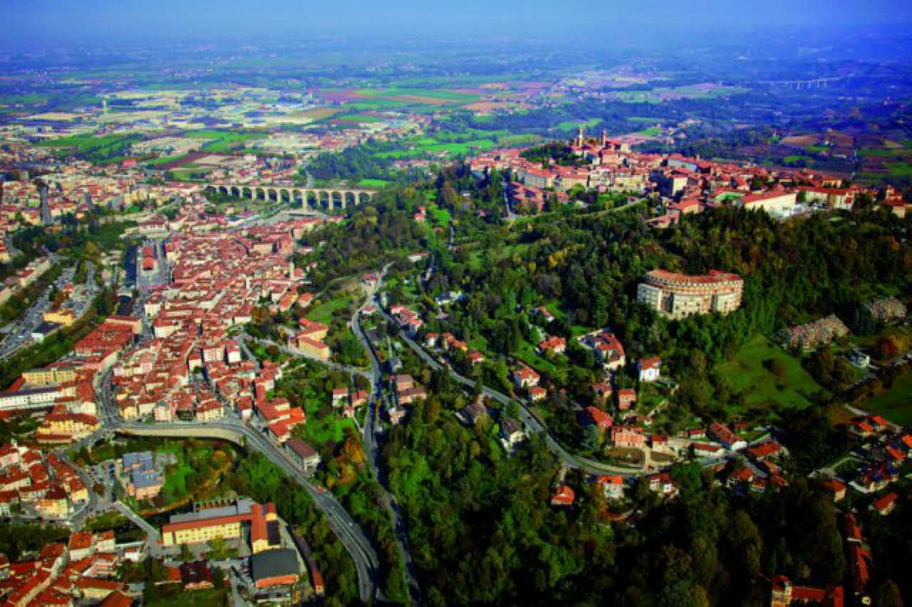 Negozio / Locale in vendita a Mondovì, 2 locali, prezzo € 195.000 | CambioCasa.it