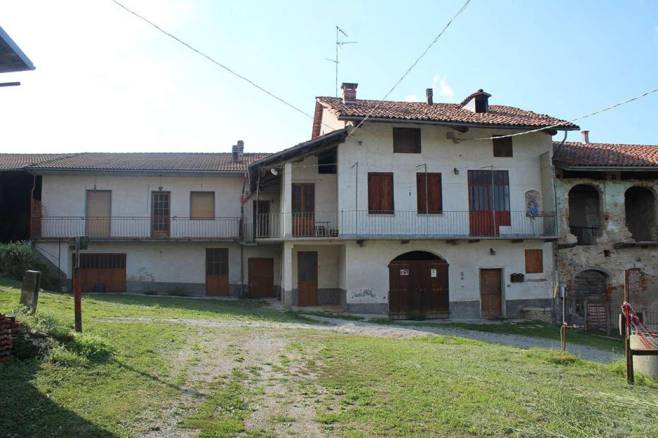 Rustico / Casale in vendita a Vicoforte, 20 locali, prezzo € 400.000 | CambioCasa.it