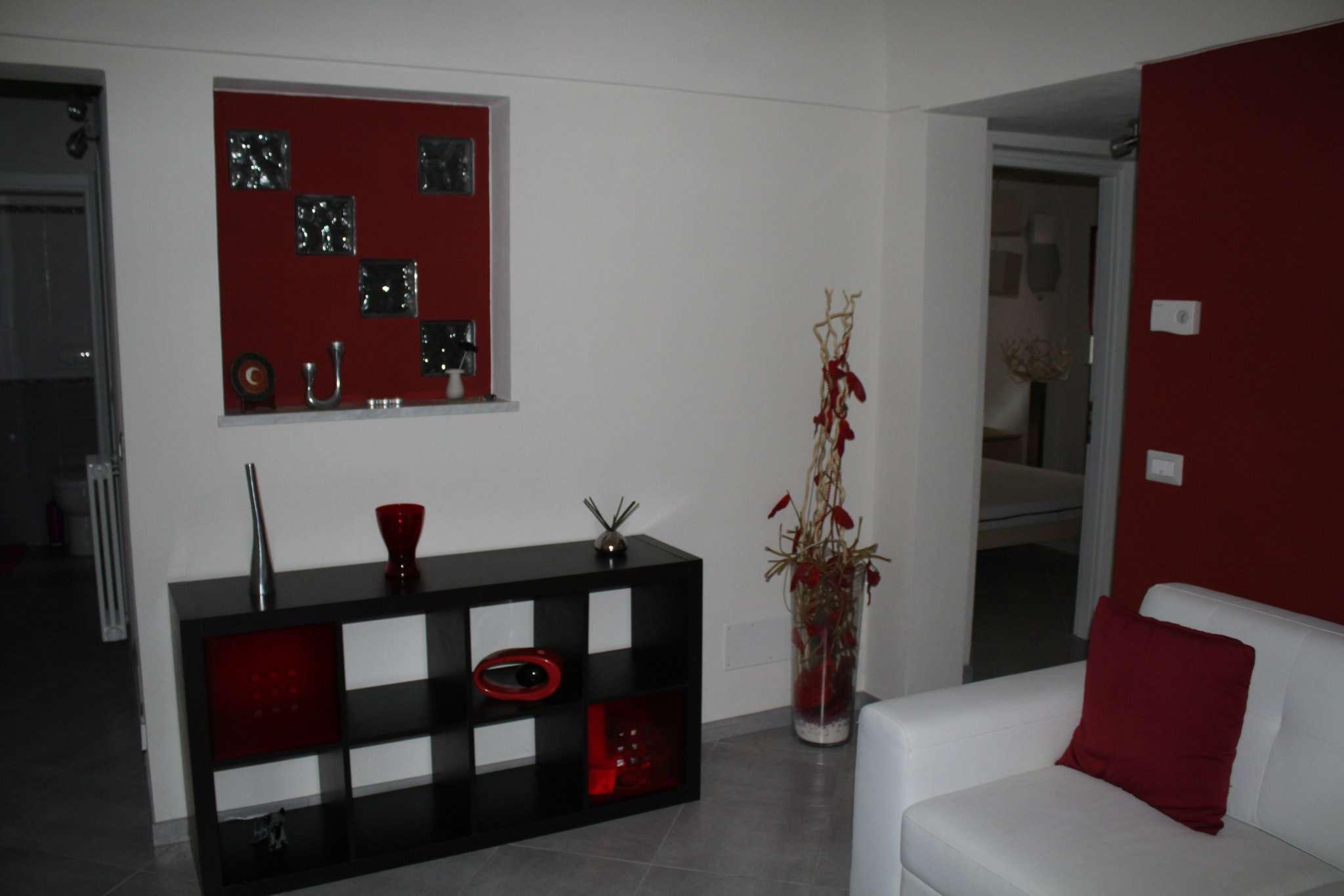 Appartamento ristrutturato arredato in affitto Rif. 8976208