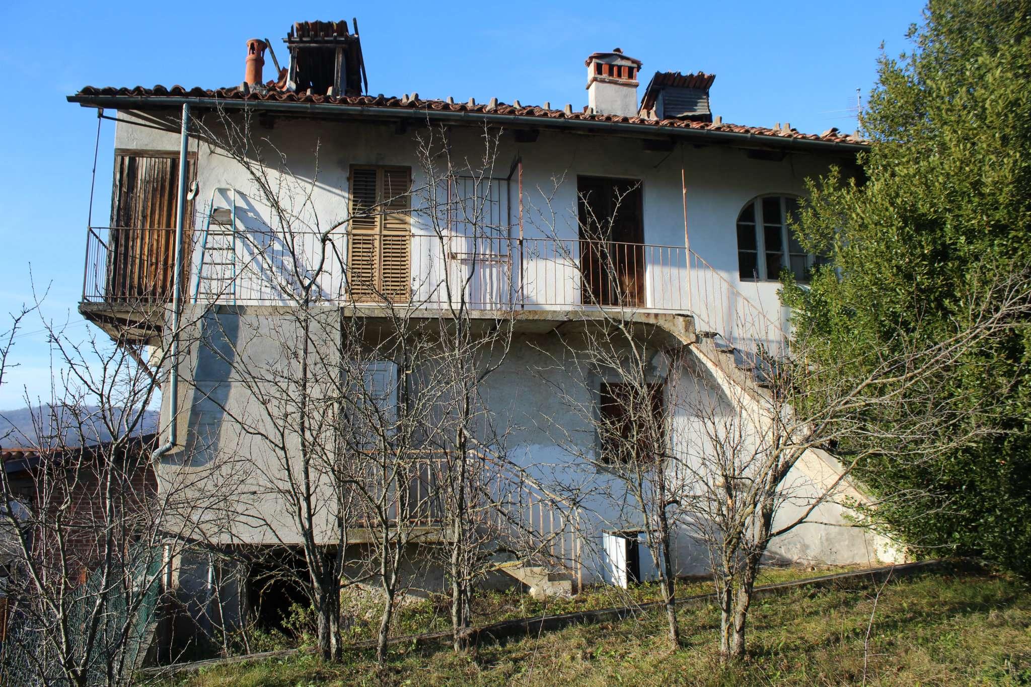 Soluzione Indipendente in vendita a Torre Mondovì, 12 locali, prezzo € 35.000   CambioCasa.it