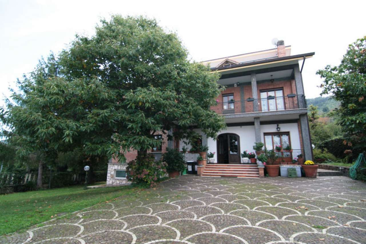 Villa in Vendita a Monte Porzio Catone