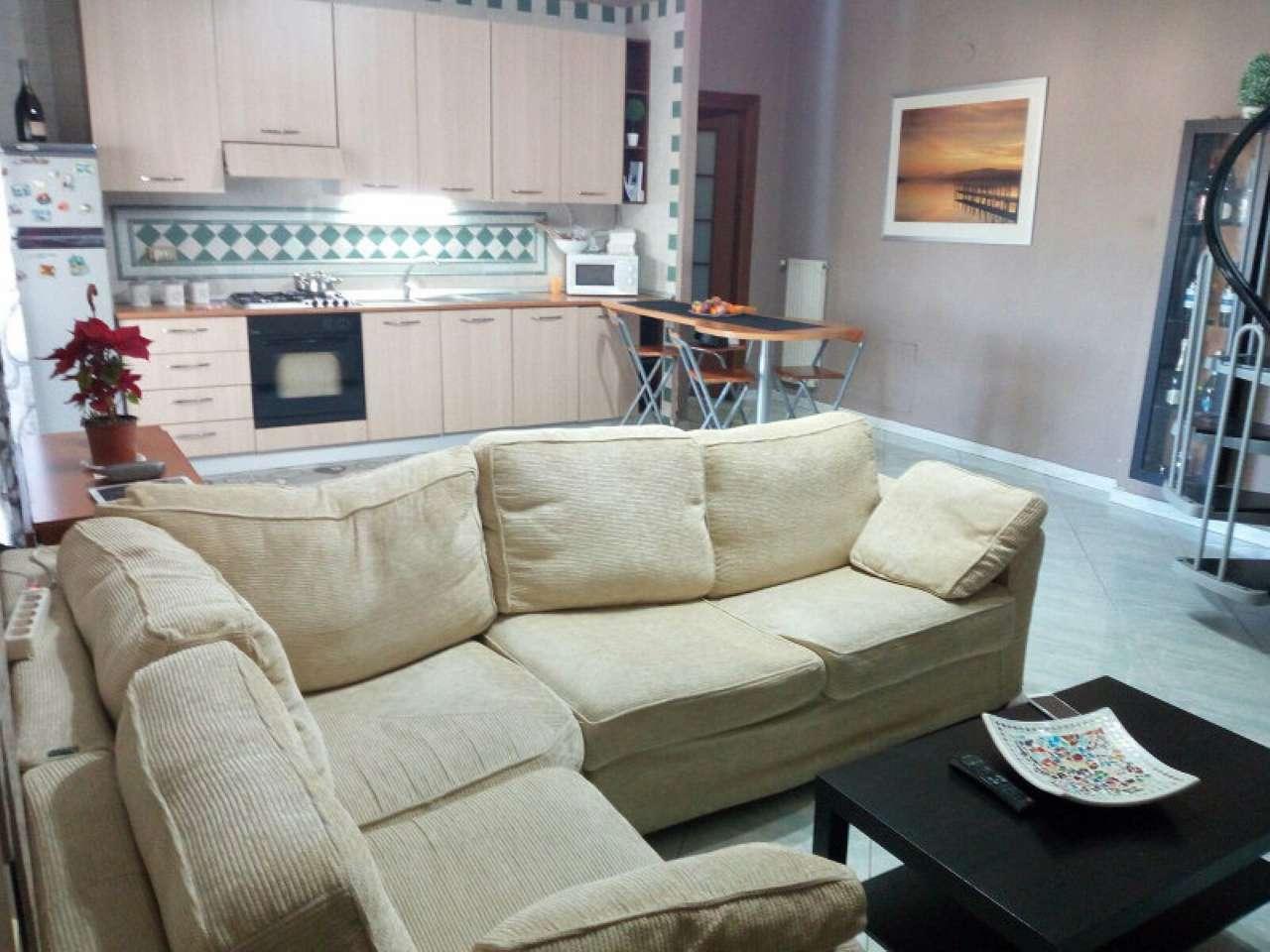 Appartamento in buone condizioni in vendita Rif. 5238375