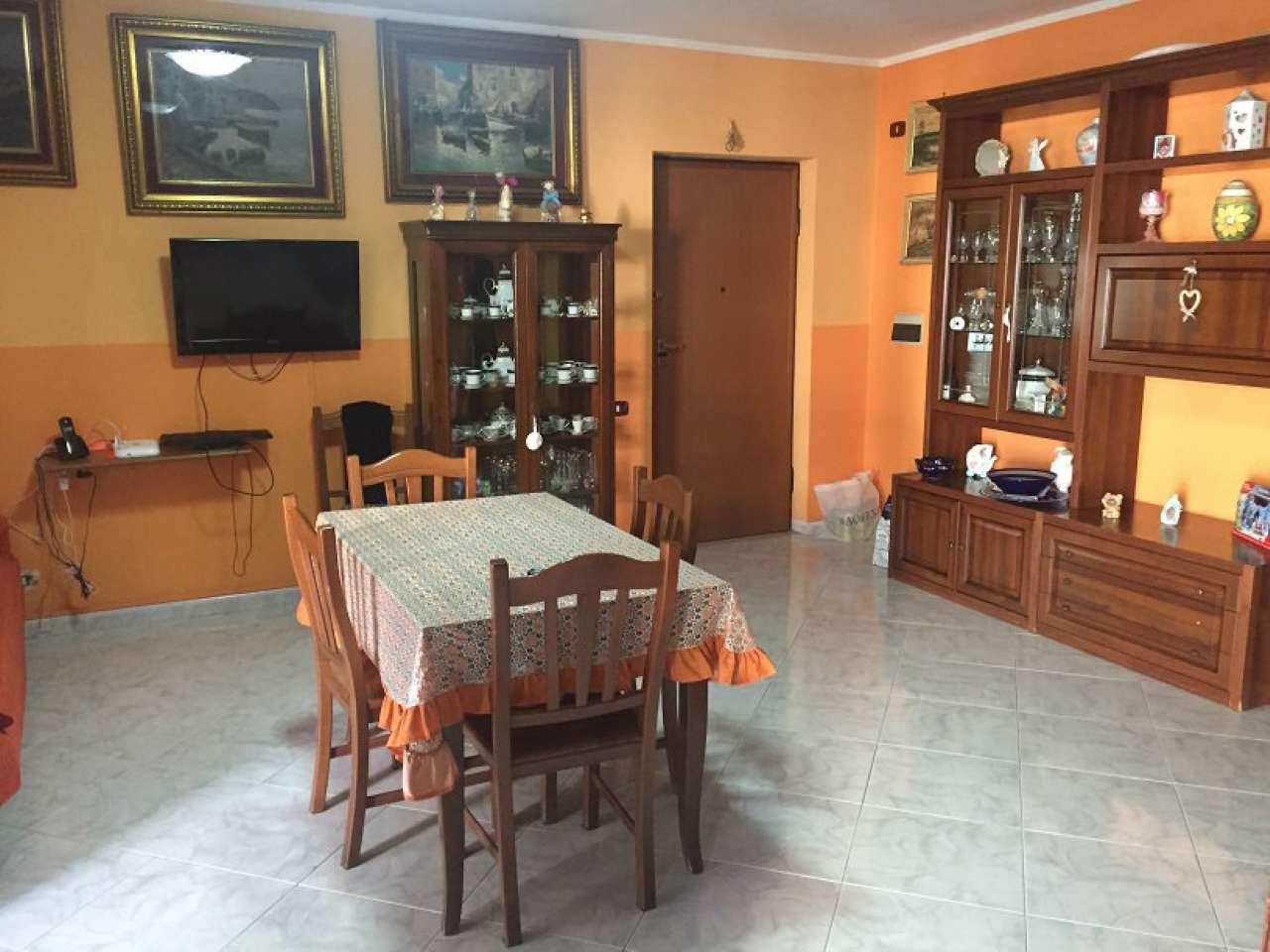 Appartamento in buone condizioni in vendita Rif. 7311347