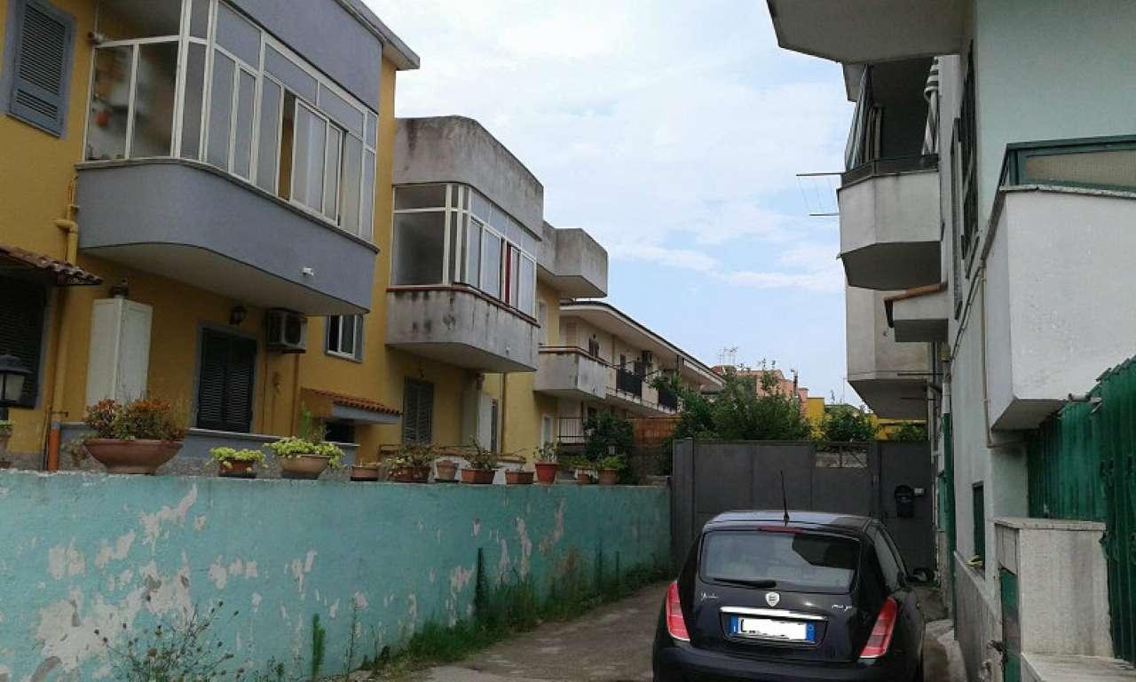 Appartamento in buone condizioni in vendita Rif. 7529961