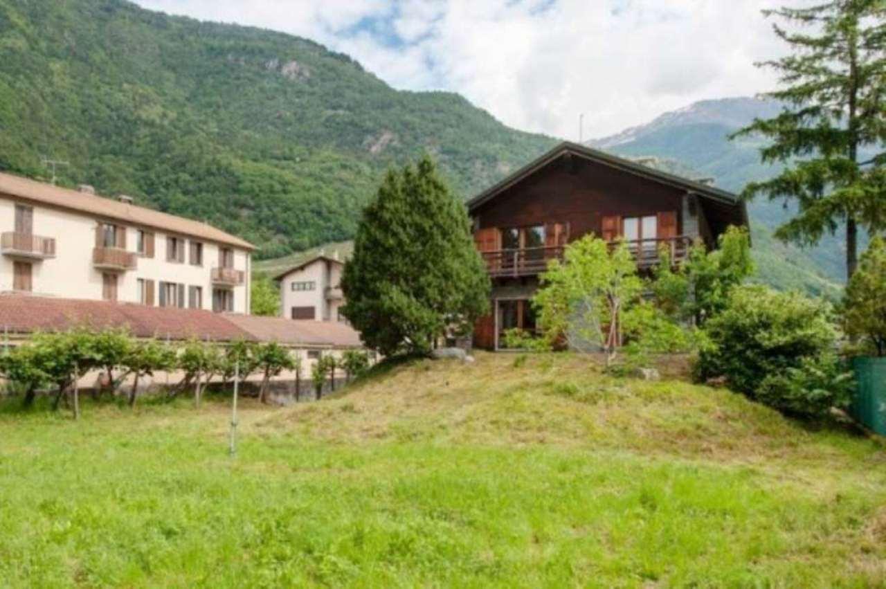 Villa in vendita a Villa di Tirano, 6 locali, prezzo € 300.000 | CambioCasa.it