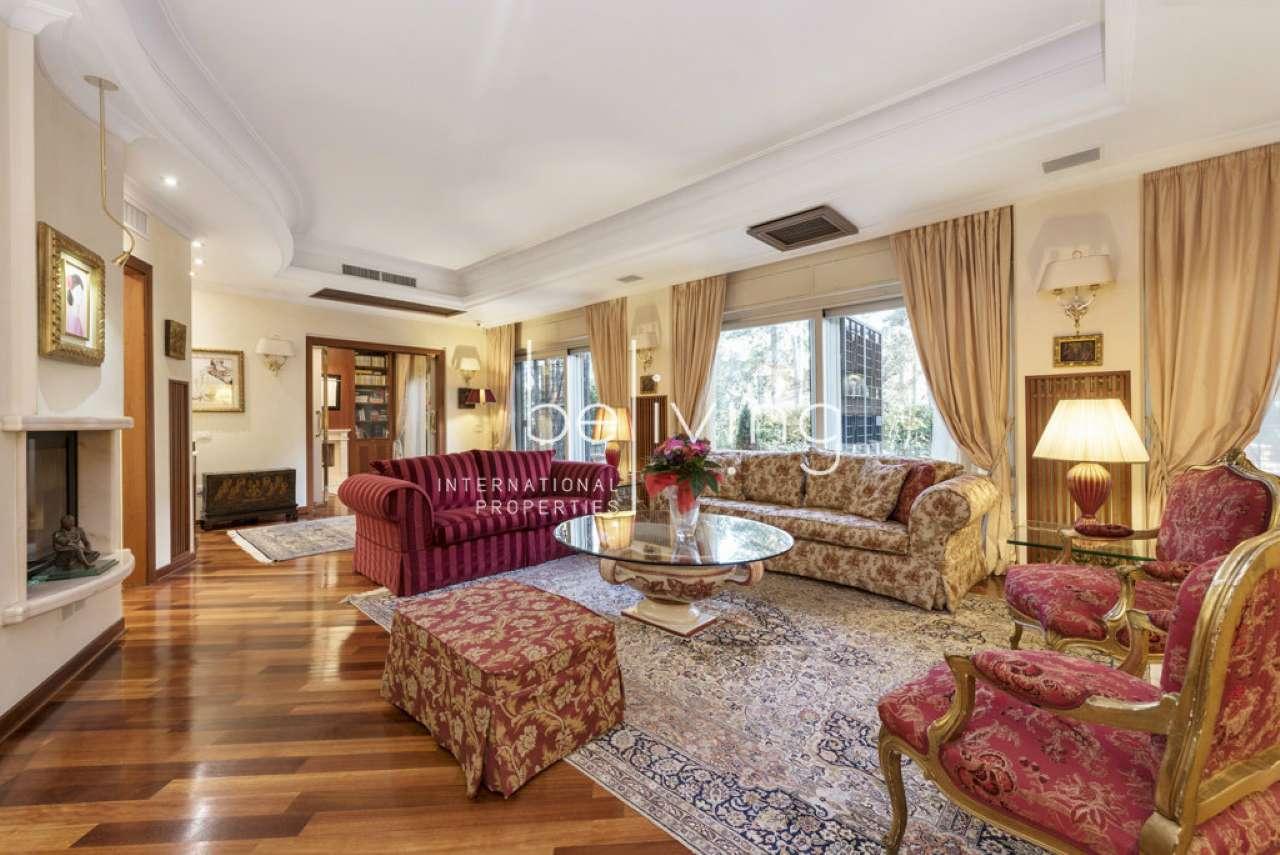 Appartamento in vendita a Roma, 10 locali, zona Zona: 29 . Balduina, Montemario, Sant'Onofrio, Trionfale, Camilluccia, Cortina d'Ampezzo, prezzo € 1.850.000 | CambioCasa.it