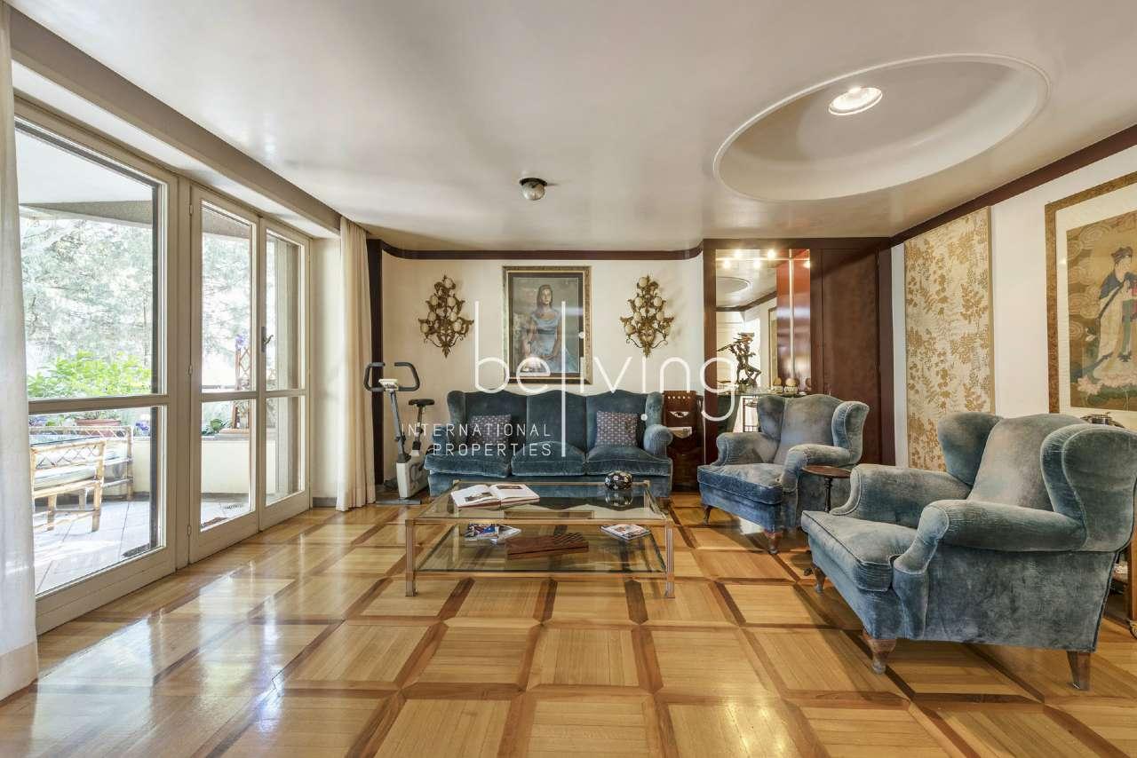 Appartamento in vendita a Roma, 6 locali, zona Zona: 42 . Cassia - Olgiata, prezzo € 900.000 | CambioCasa.it