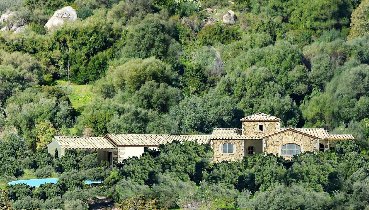 Villa in vendita a Castiadas, 5 locali, prezzo € 550.000 | CambioCasa.it
