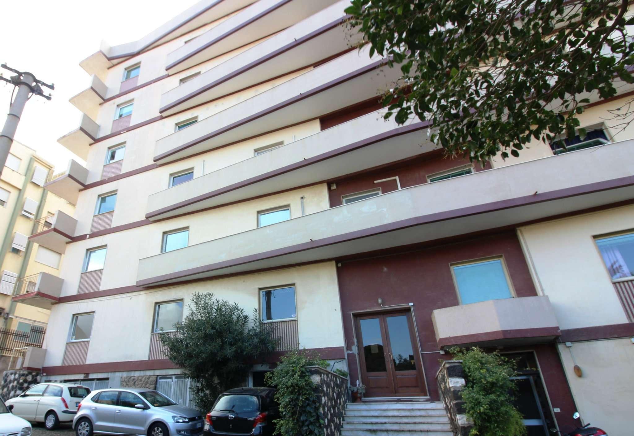 Appartamenti quadrilocali in affitto a cagliari for Appartamenti arredati in affitto cagliari